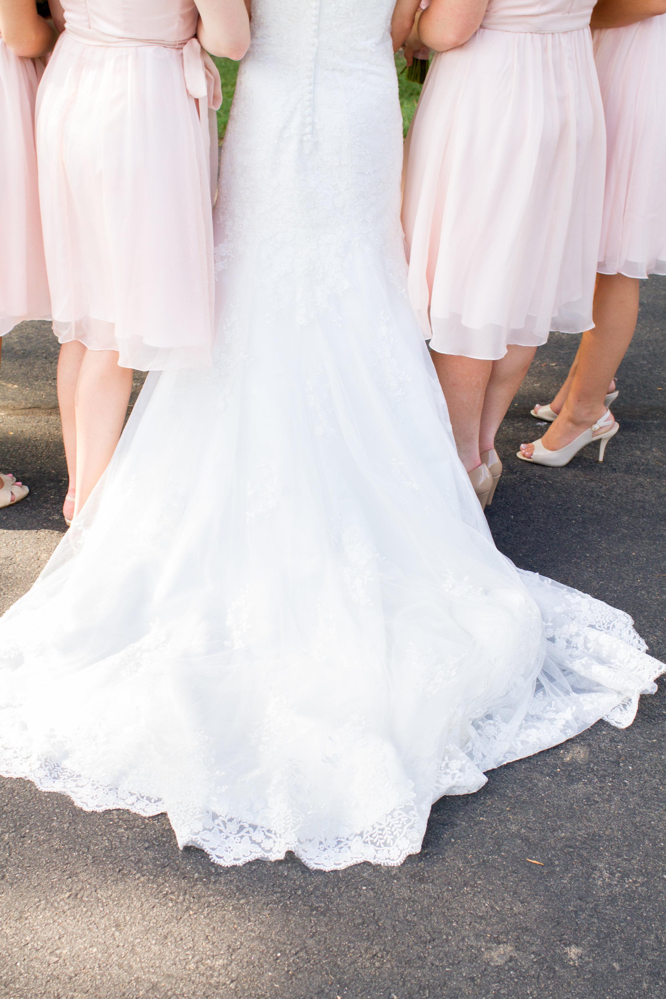 Pastel pink bridesmaid dresses Meadowlark Botanical Garden Wedding Vienna wedding photographer
