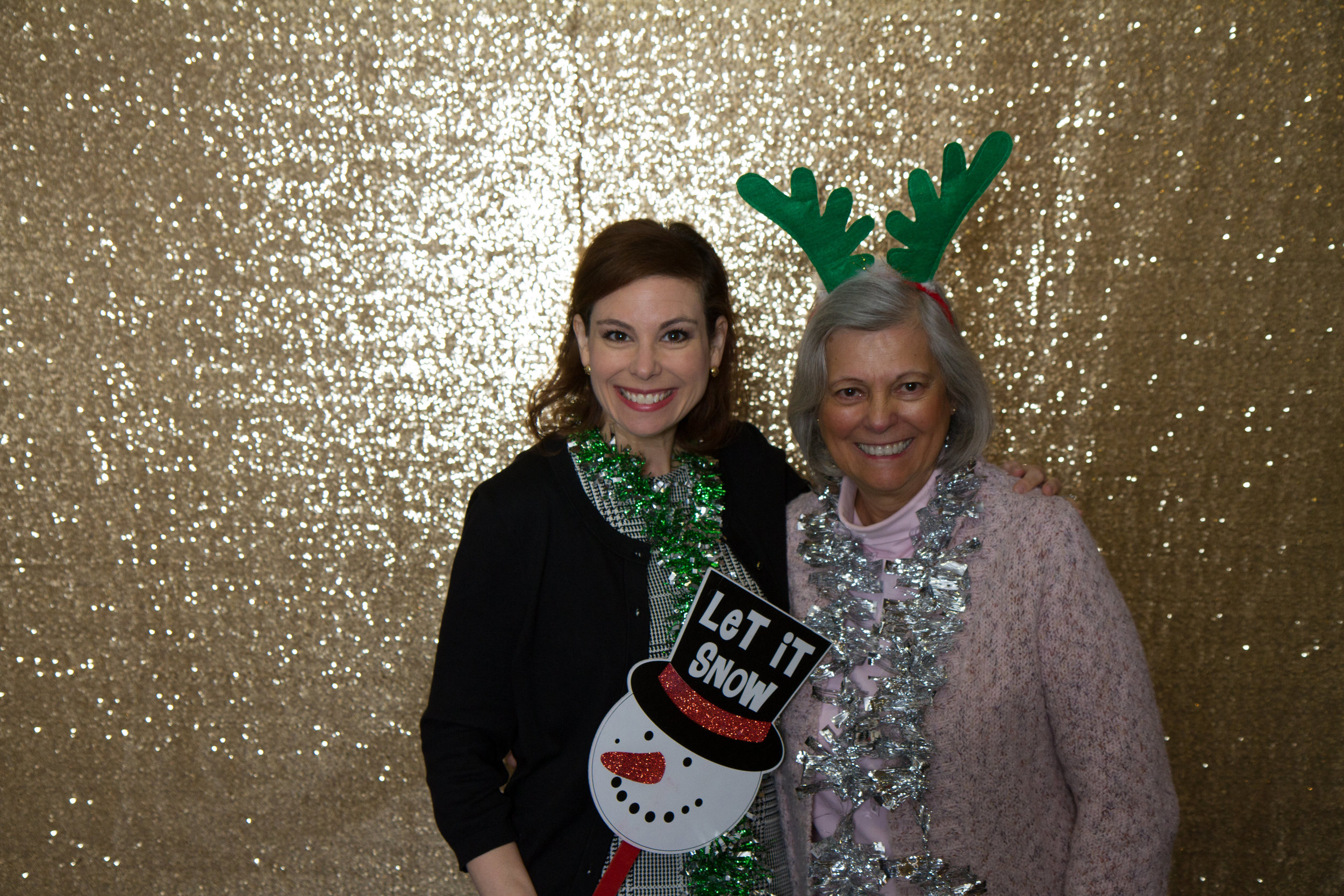 Sparkly gold photo booth | MBC Holiday Show and Expo