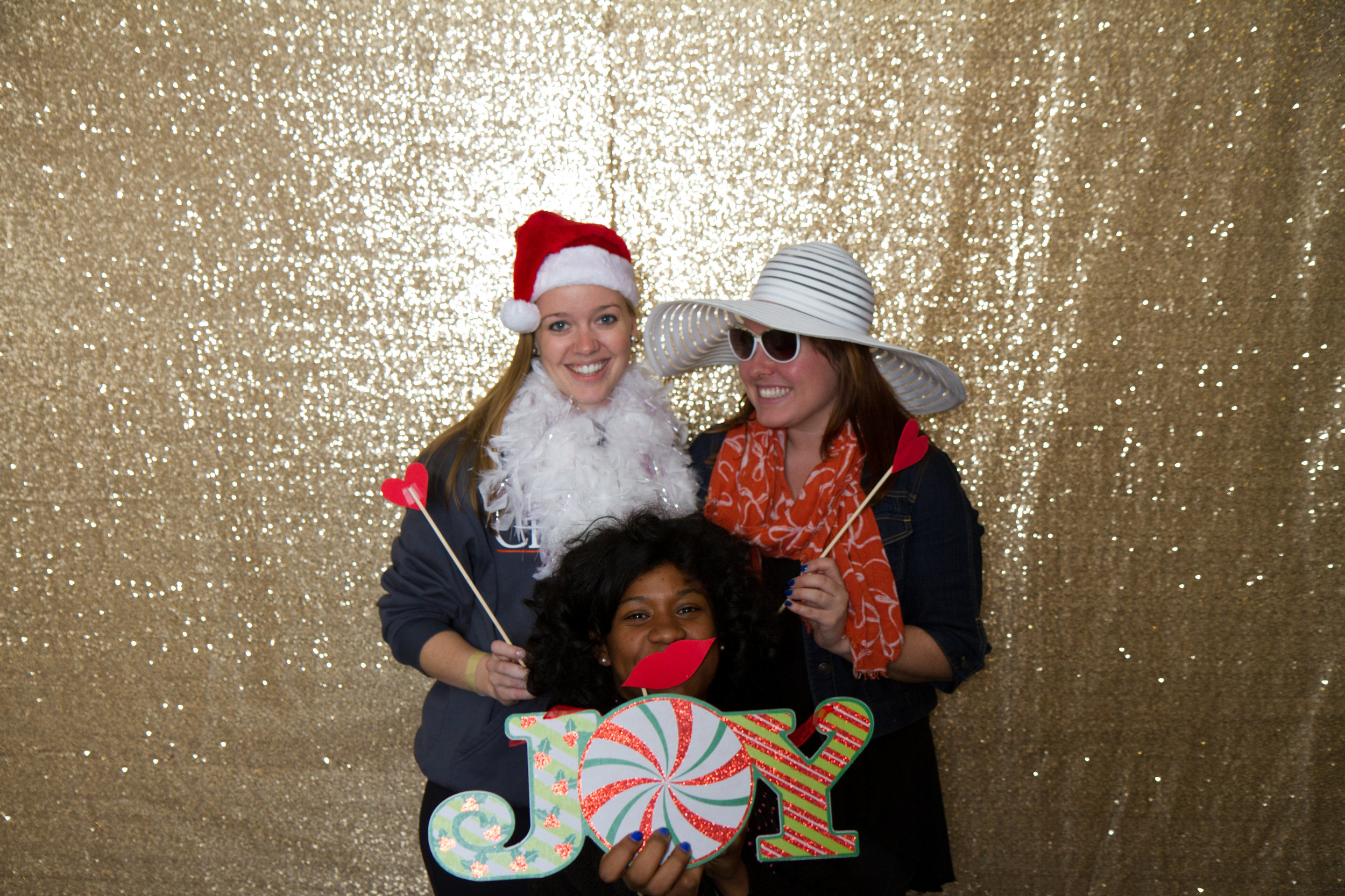 Gold photo booth | MBC Holiday Show and Expo