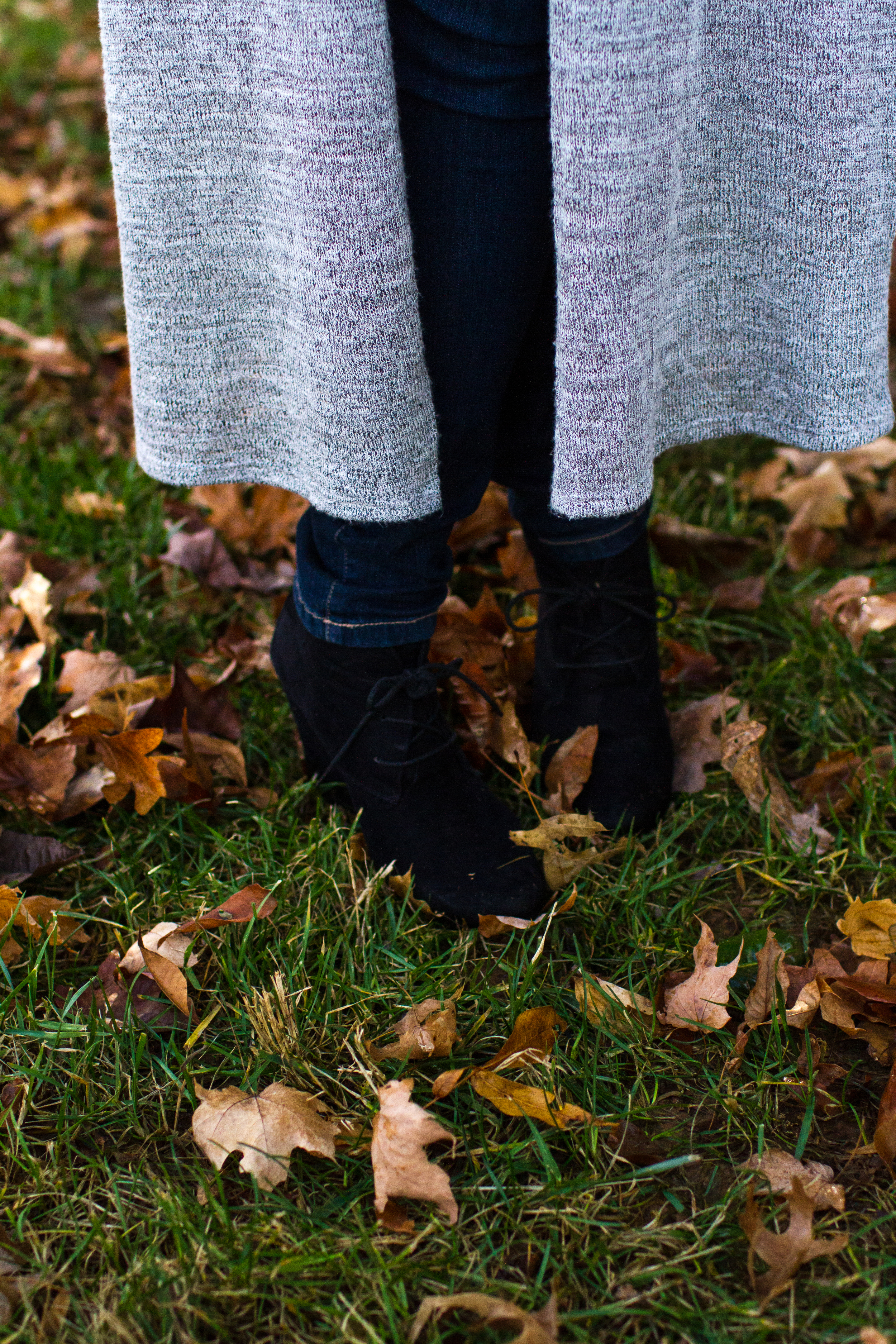 Duster sweater & black booties