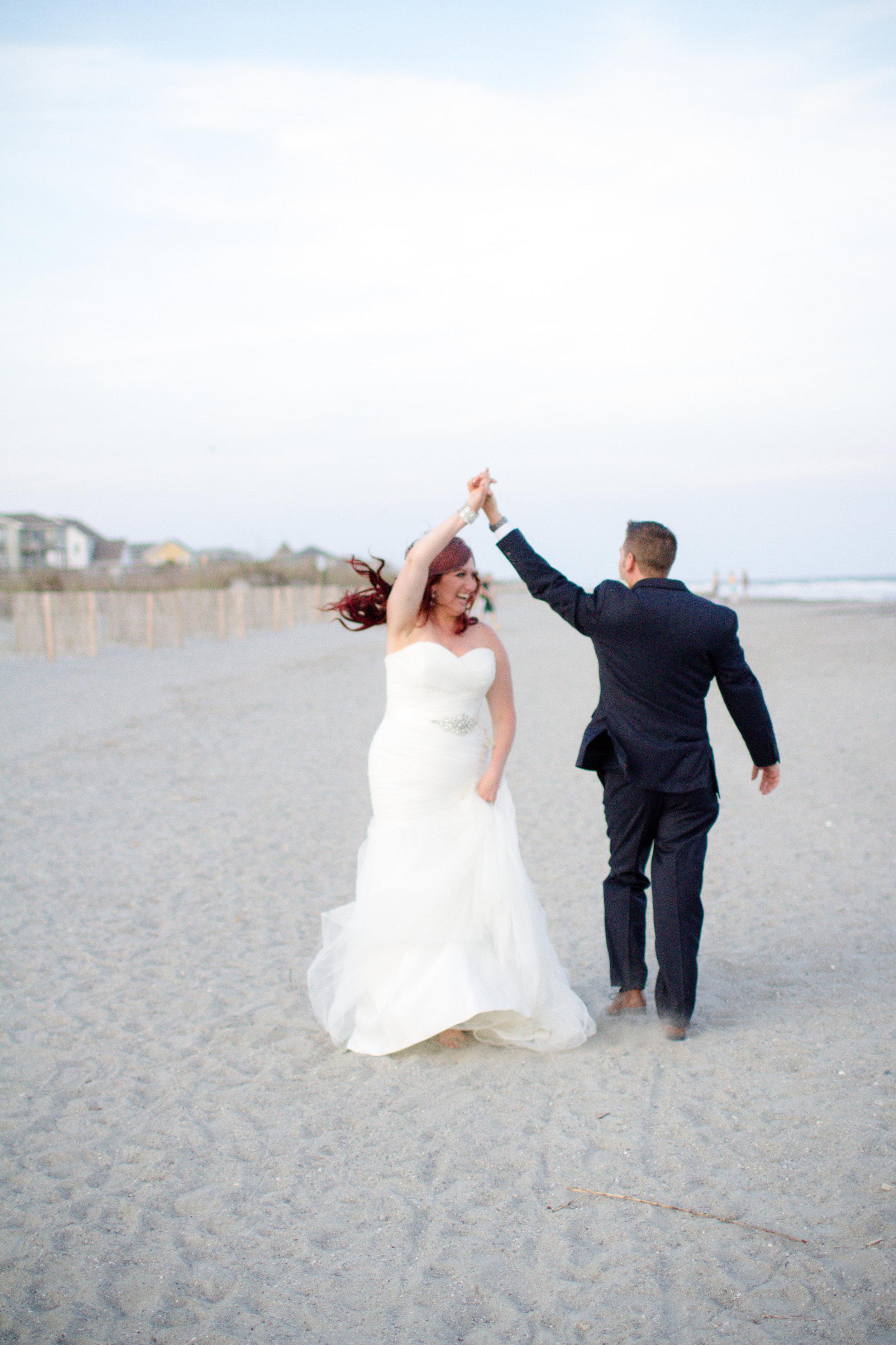 Folly Beach wedding photos | Lorin Marie Photography