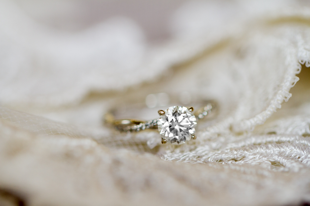 Beautiful diamond engagement ring | Lorin Marie Photography