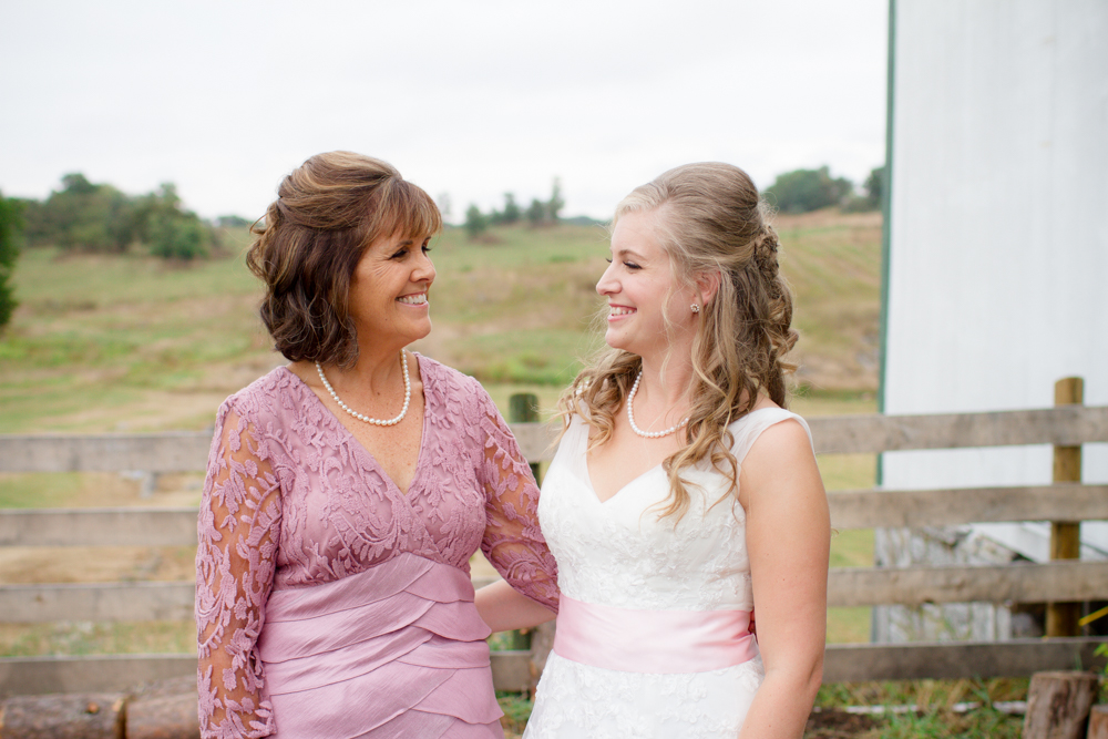 Mother of the bride | Lorin Marie Photography