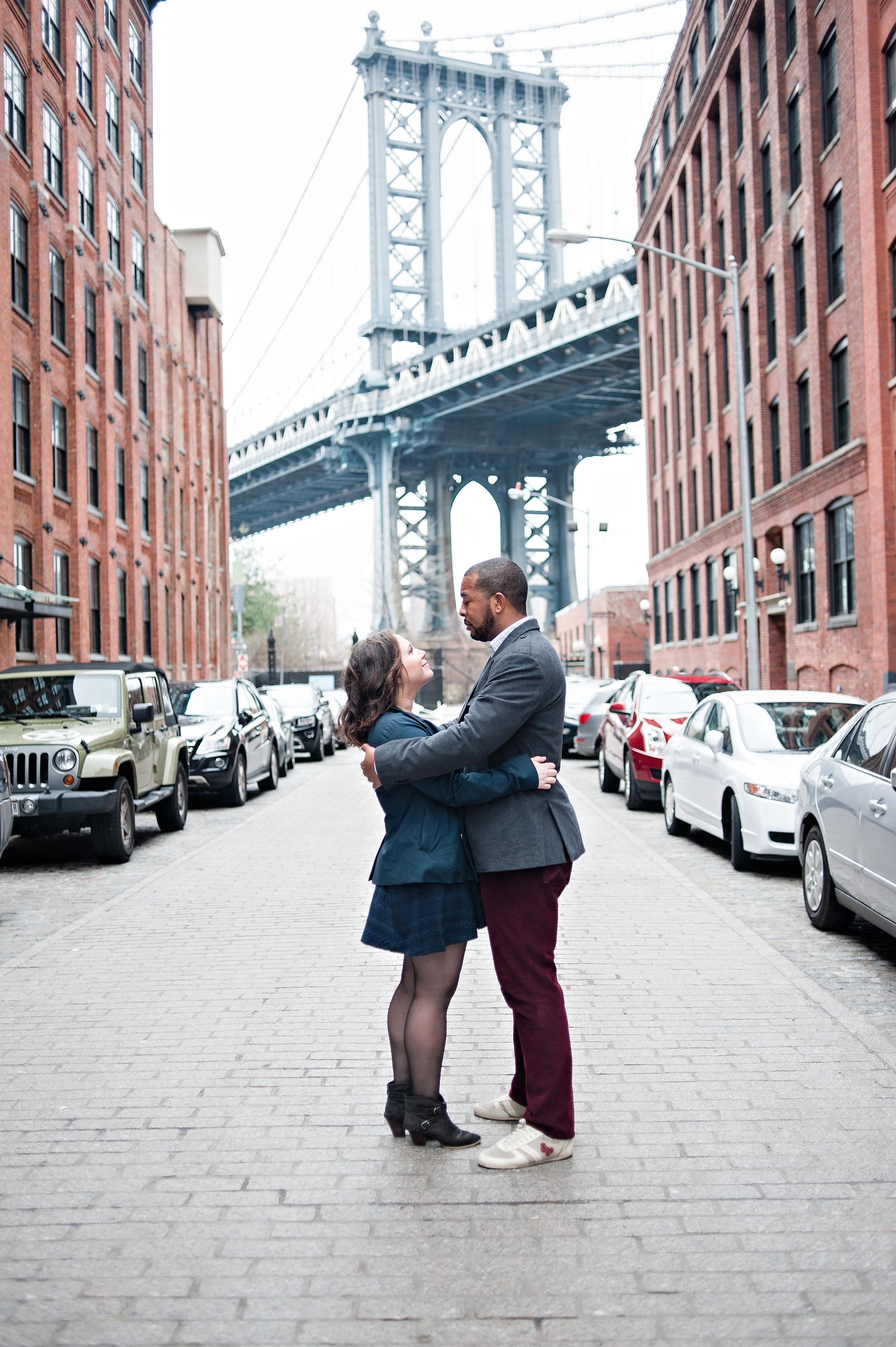 Brooklyn_Engagement_Session_DUMBO_HouseofLubold2