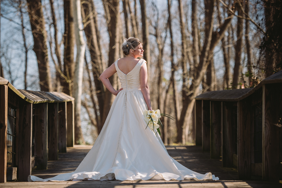 caroline-bridal-portrait-gervais-street-bridge