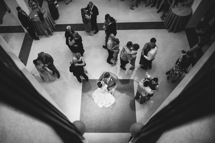 ashley-eric-wedding-st-peters-art-museum