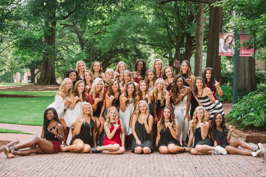 carolina-girls-portraits-usc-horseshoe
