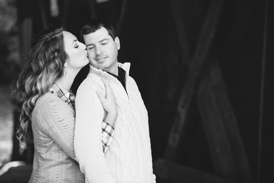 olivia-ray-campbells-covered-bridge-engagements
