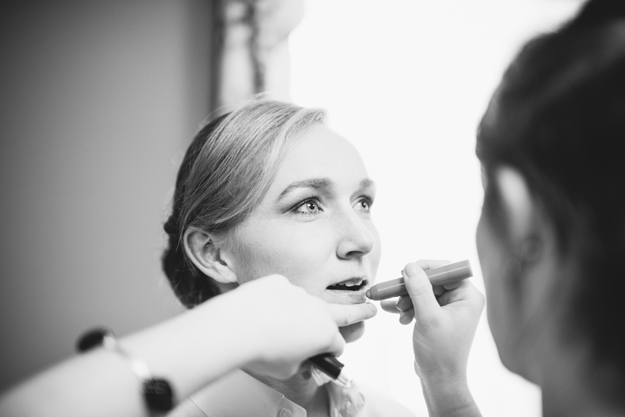 bride makeup black and white