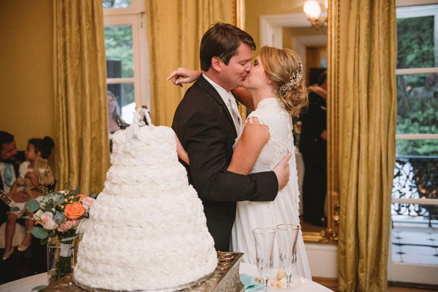 cutting the cake and kisses