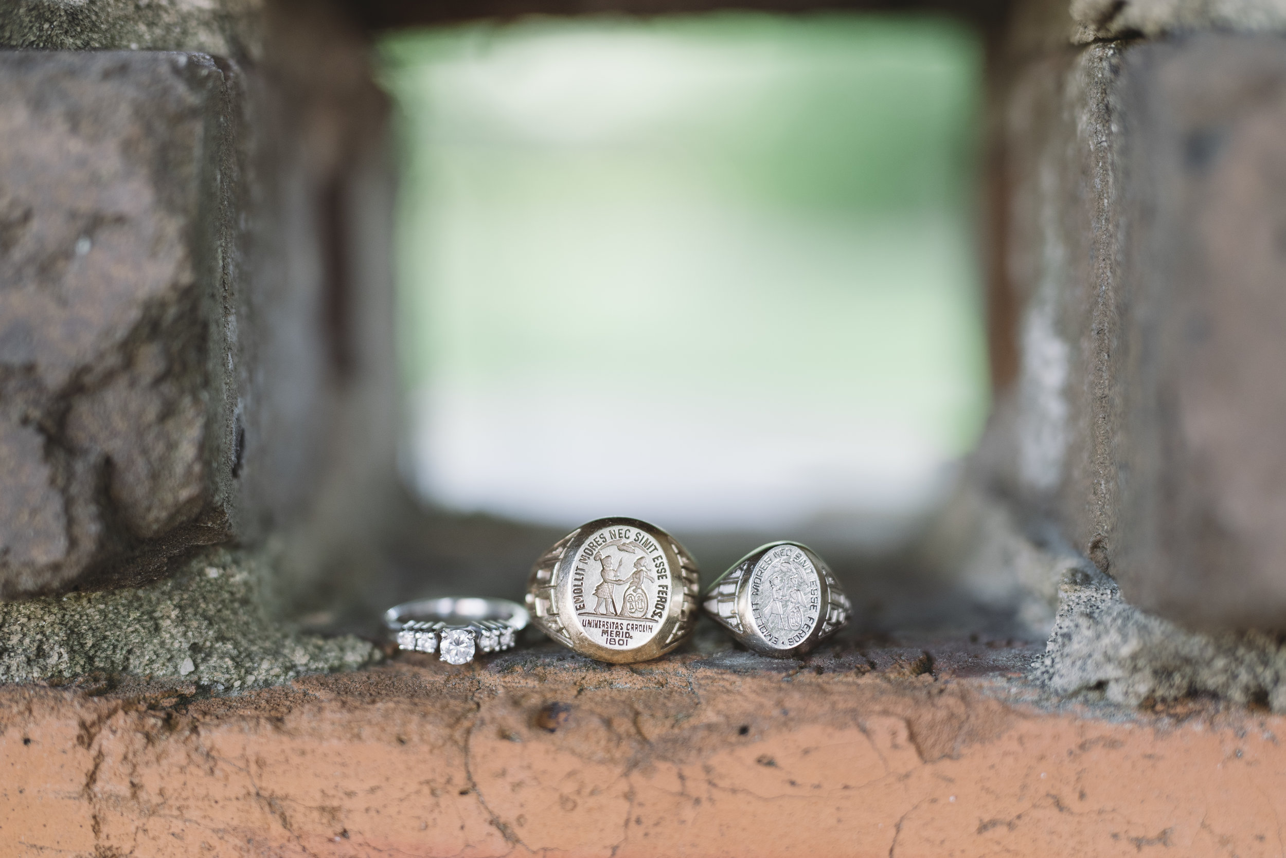 usc graduation rings