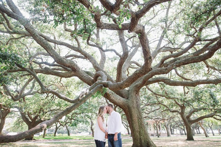 charleston living oaks