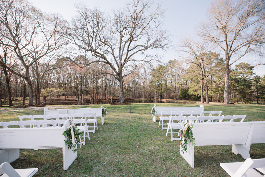 church pews outdoor wedding