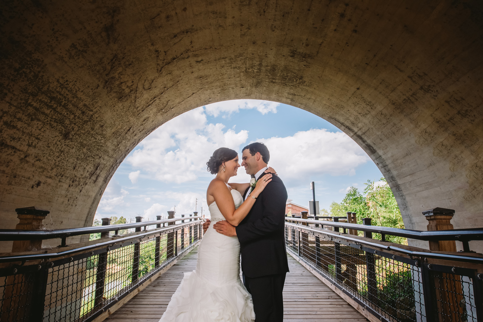gervais street bridge wedding photos