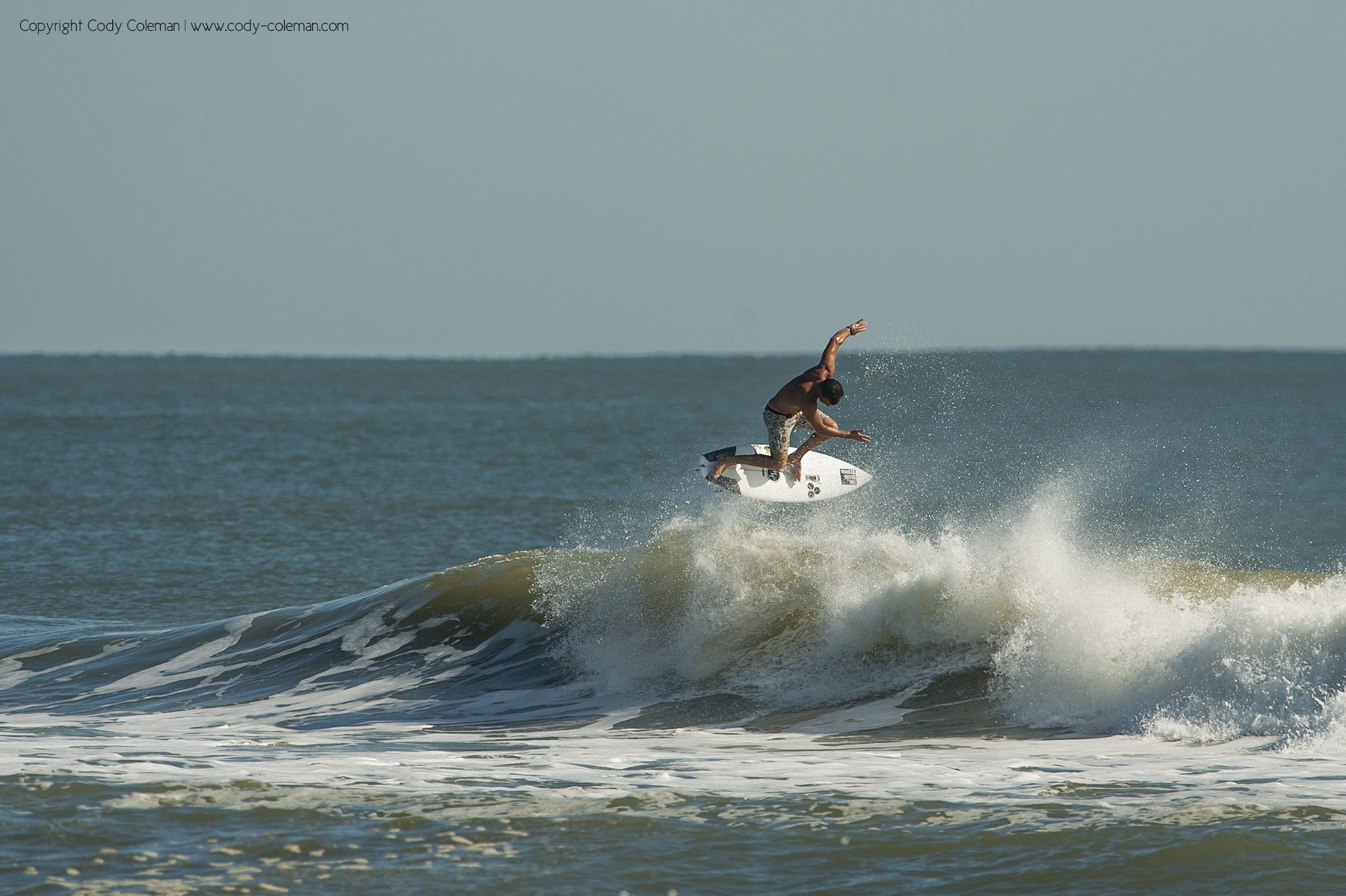 Gabe Kling rotating about the lip early morning.