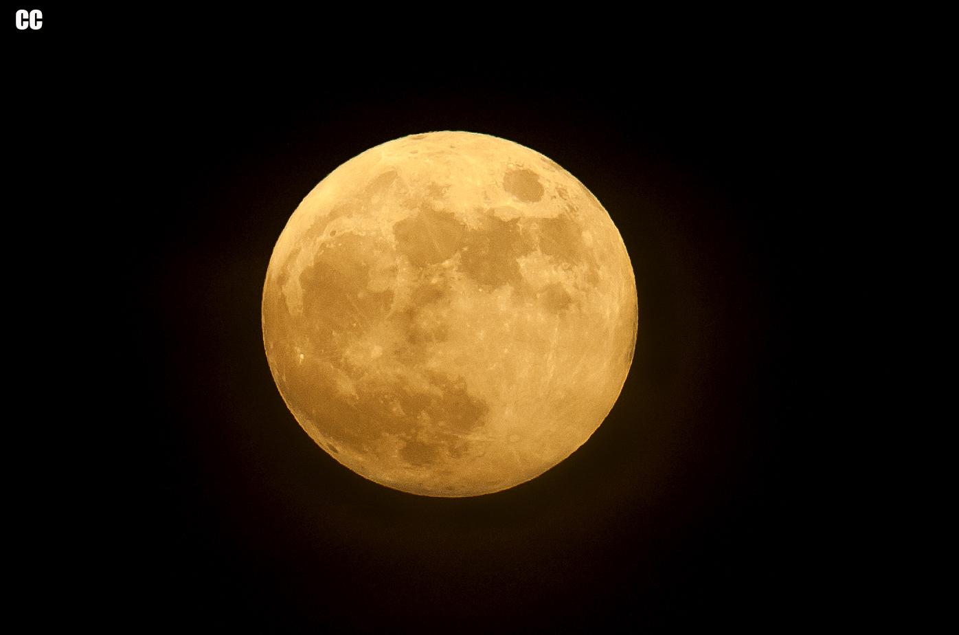 Florida_Full_moon_Earth