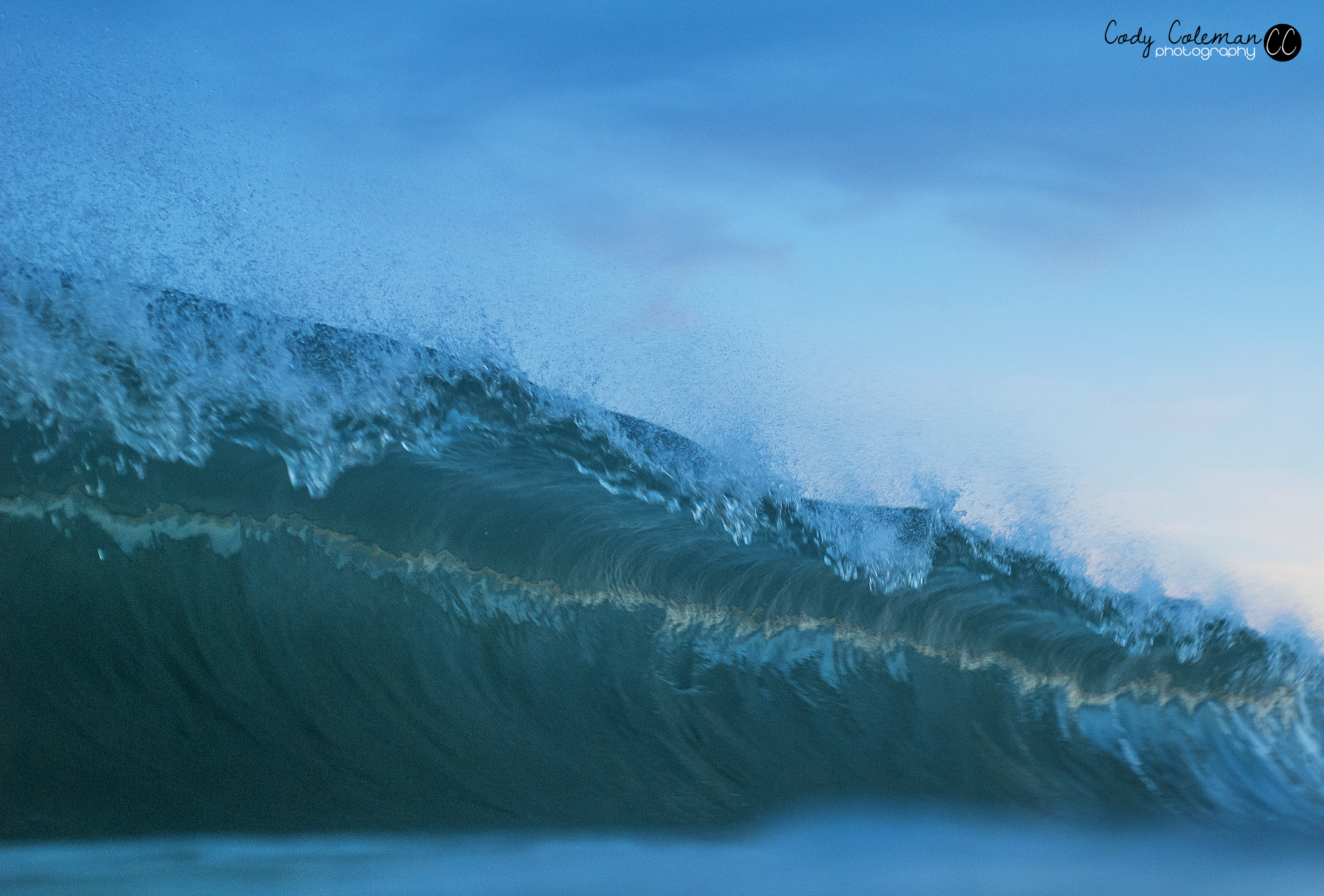 This wave was much heavier than this image makes it look. I'm pretty sure I took the lip to the face on this on.