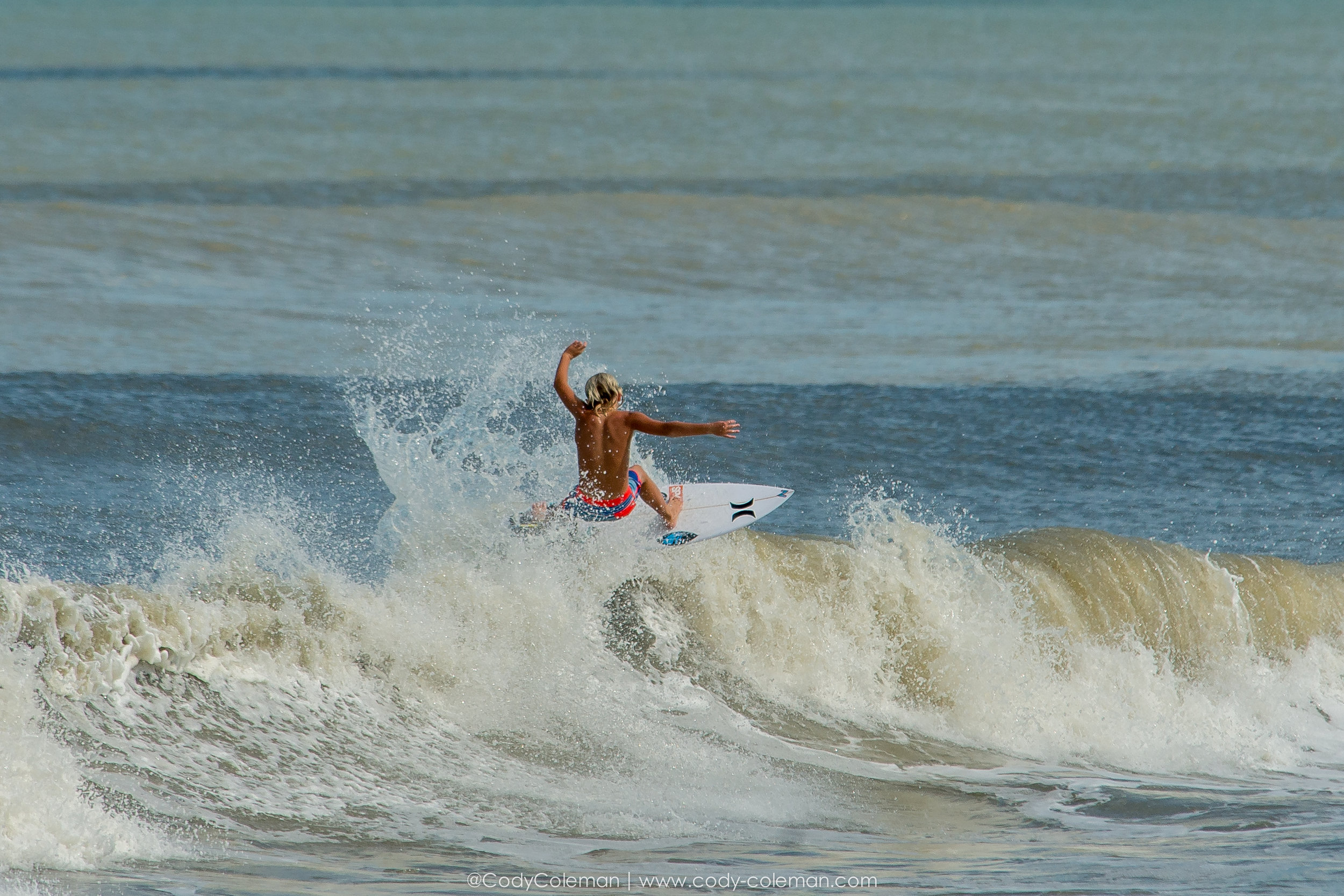 Benji Lang was out all afternoon Wednesday packing tubes and finding section to hit. Super rad watching him put his head down and pack a couple heavy ones... Yeahhhh Benji !!!