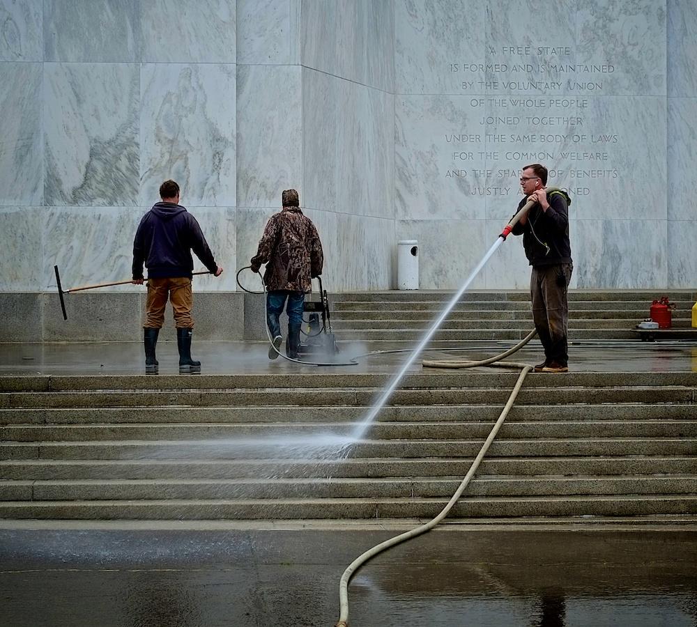 Aquanauts, Oregon Capitol Building, Salem, Oregon