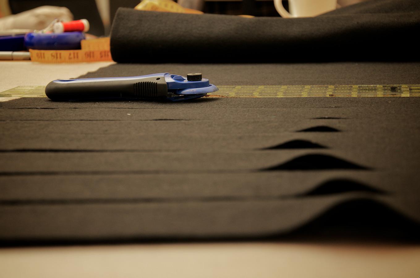 Cutting strips for DIY cloth softbox grid