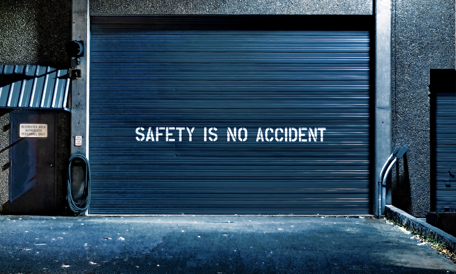 As a little bonus on the way home I snagged this grungy industrial setting... Safety Is No Accident!