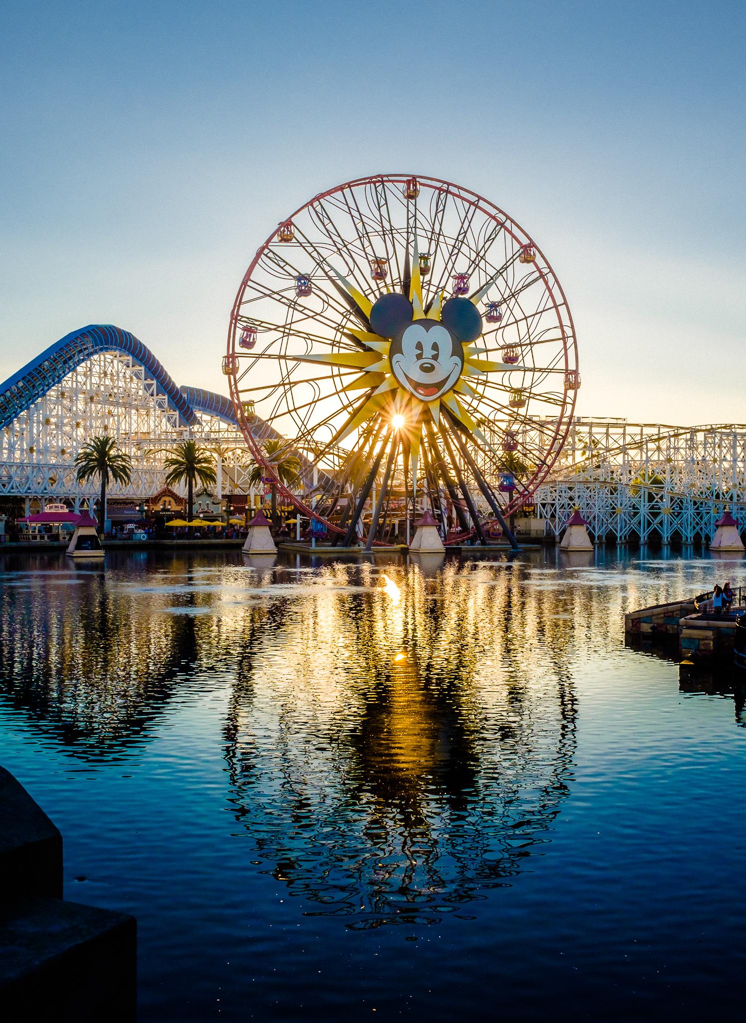 The sun dips below Mickey's Fun Wheel at Disney's California Adventure. [ Fujifilm X100t, f/11, 1/170s, ISO 200 ]