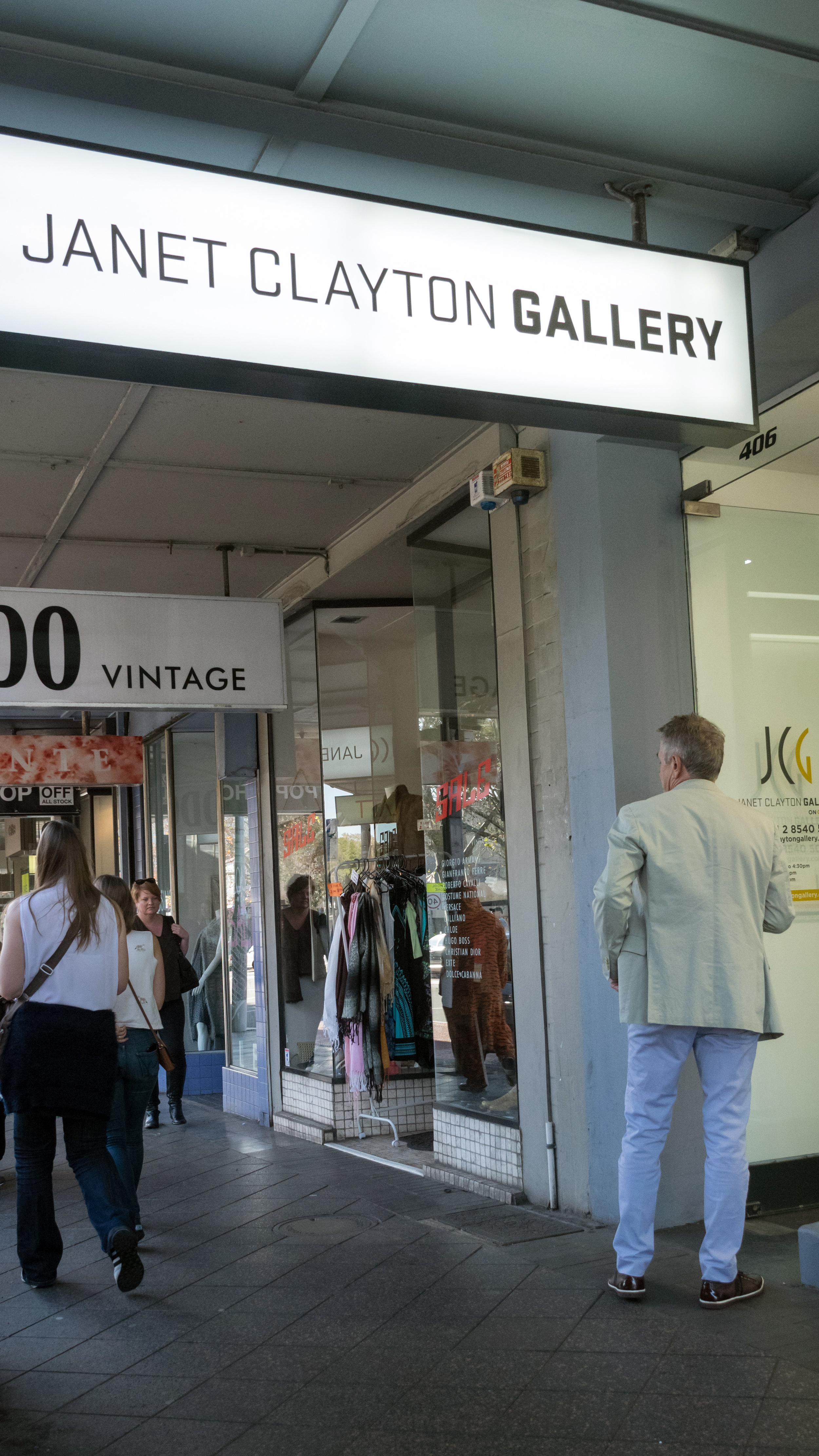 The new Janet Clayton Gallery at 406 Oxford Street, Paddington. Photography by James Blackwell
