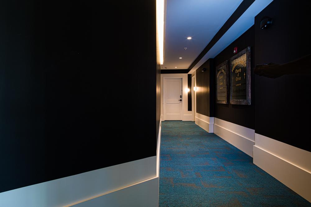 Corridor-037.jpg