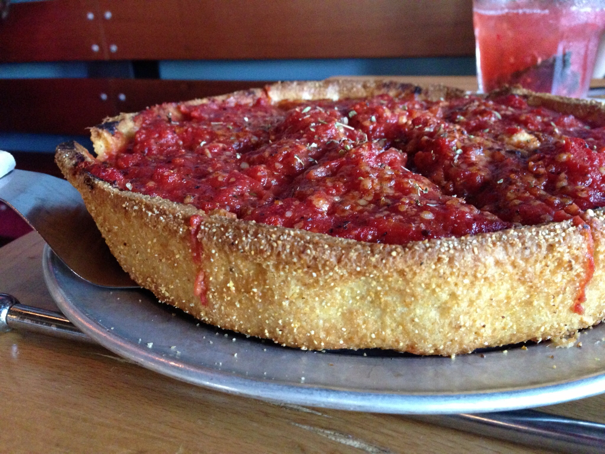 How can you resist a cornmeal dusted crust?