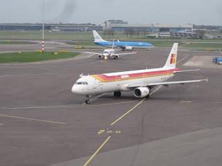 Time to maneuver for Iberia