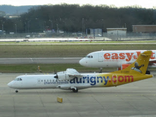 Picture: Aurigny Air Services ATR-72 next to an Easyjet A319