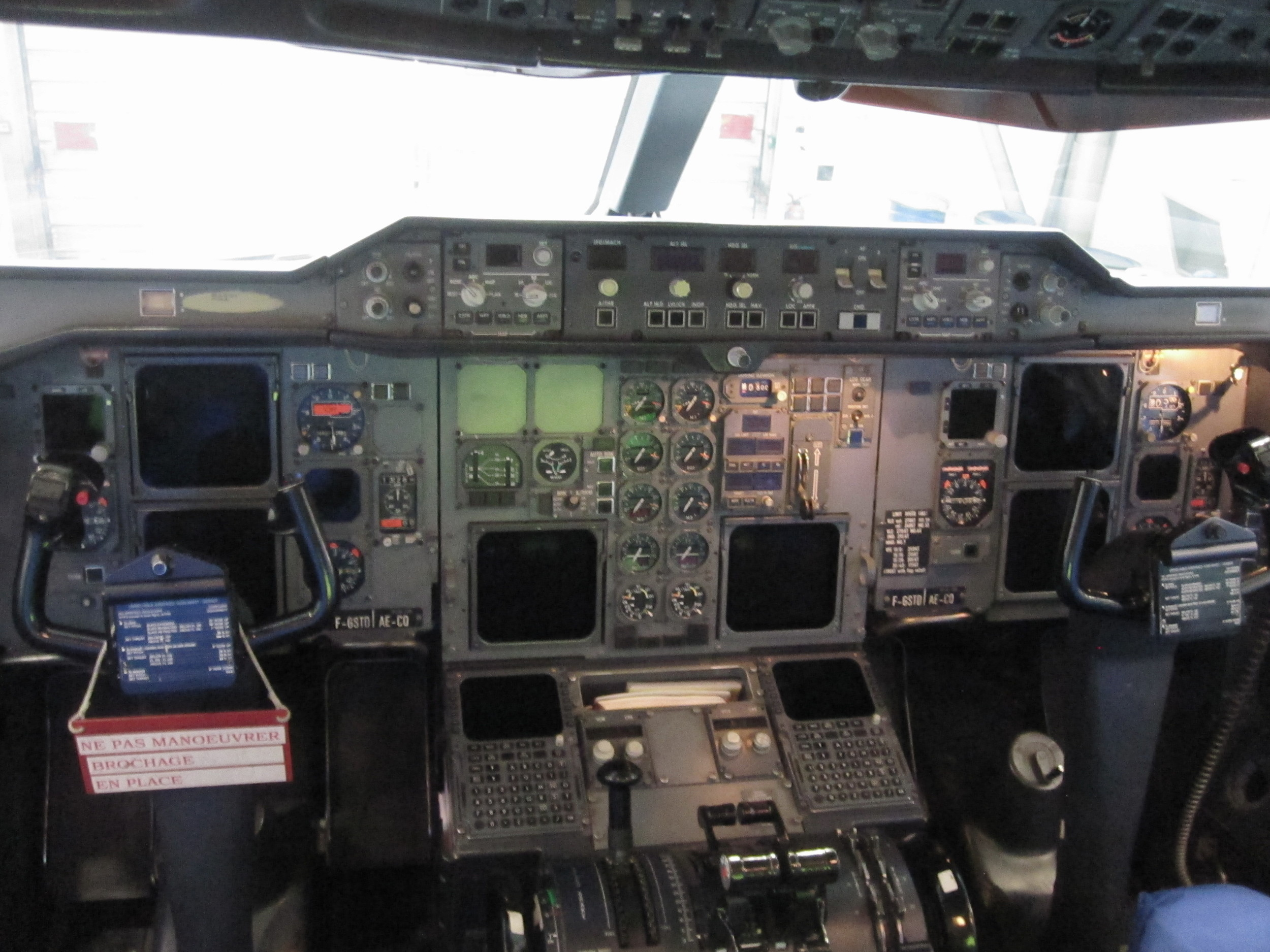 The cockpit of the Beluga has quite a vintage look
