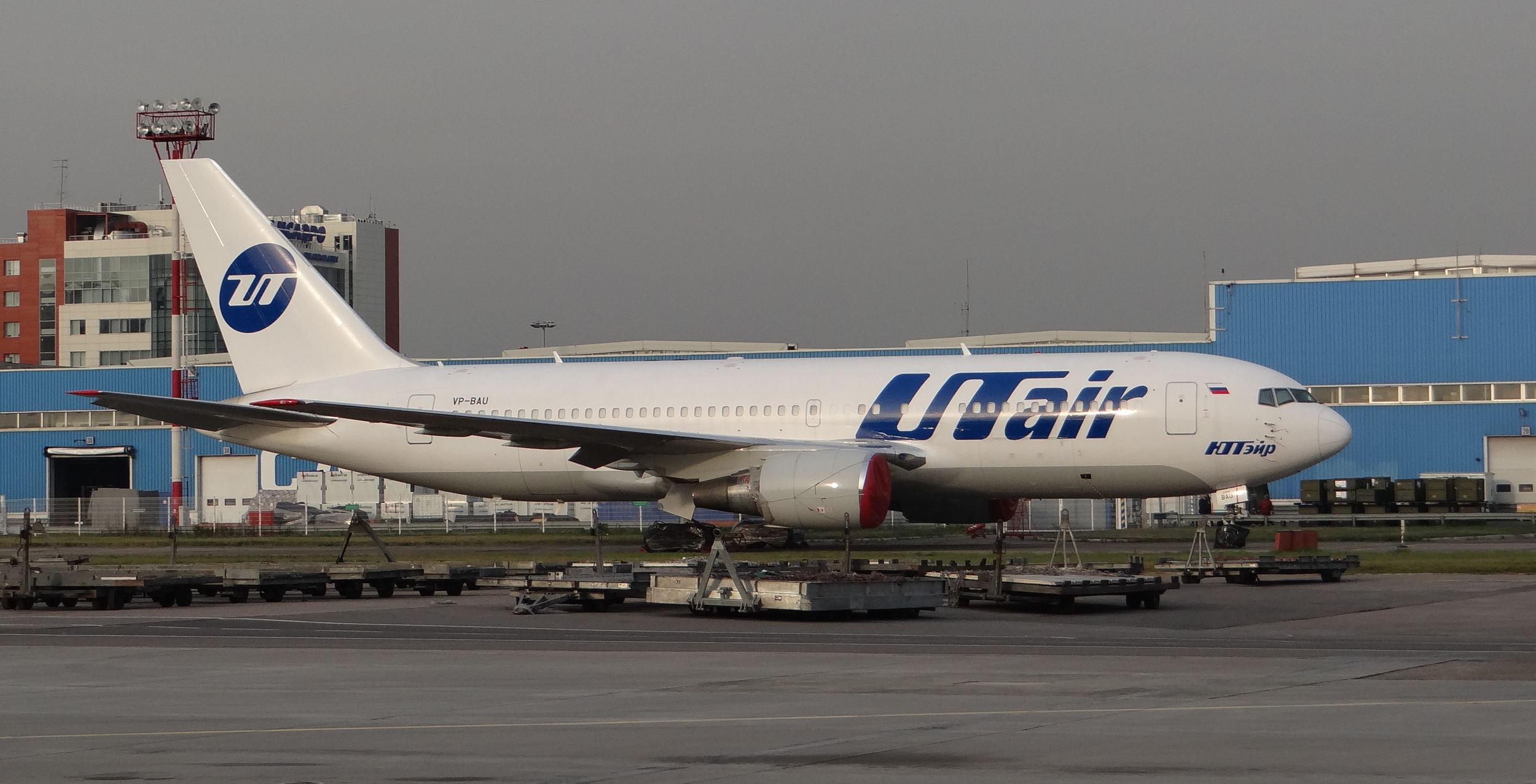 Although most of  UTair fleet  is based at Vnukovo airport (VKO), we could see this Boeing 767