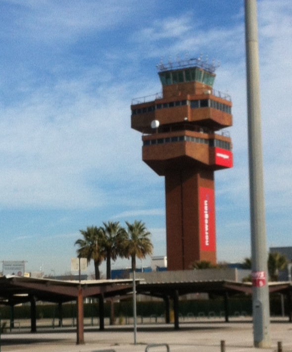 Norwegian's new office: Barcelona'sold control tower (this airport function was moved to a new building when most of Barcelona's traffic moved to the new T1 terminal