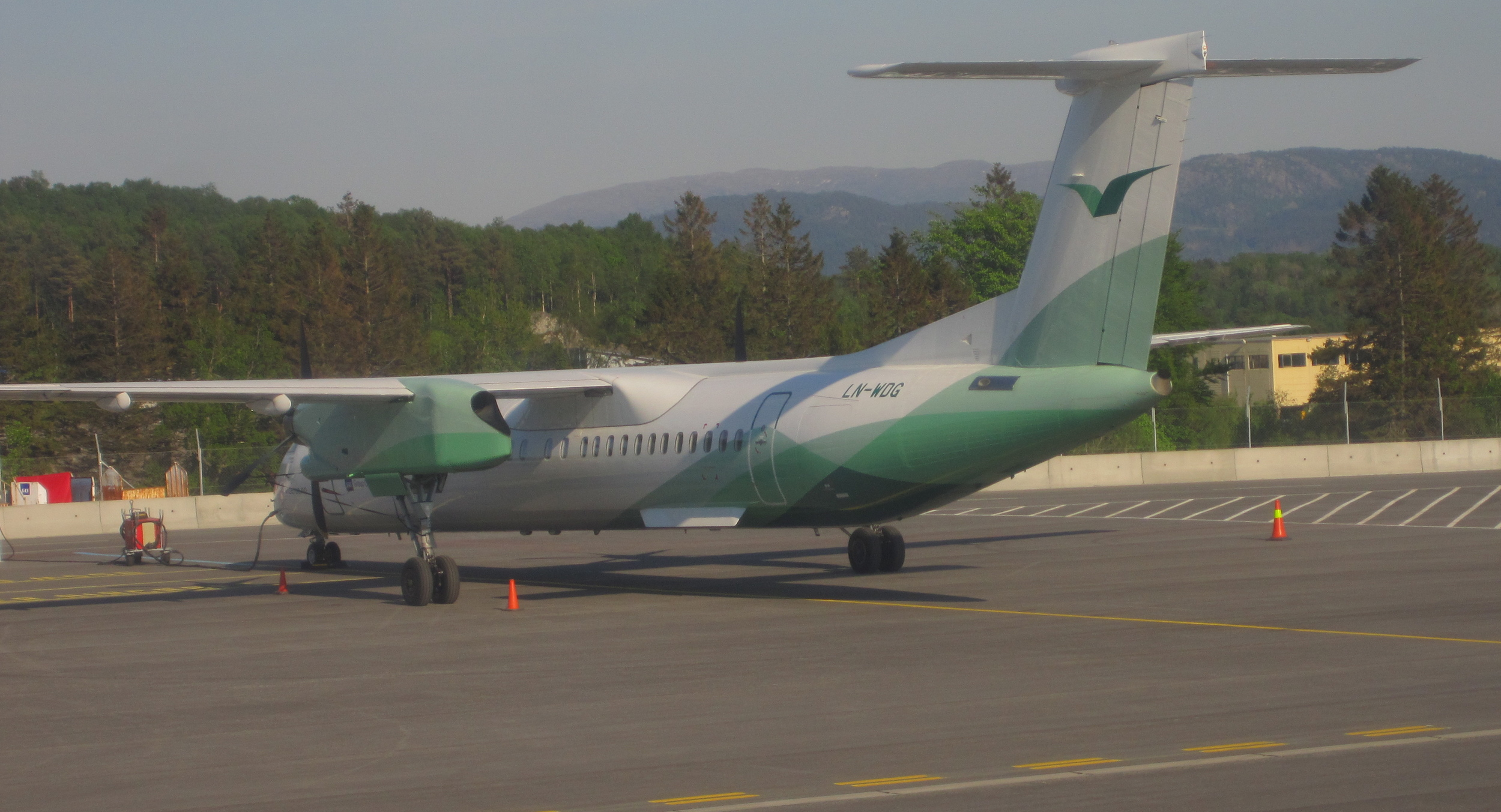 Wideroe aircraft