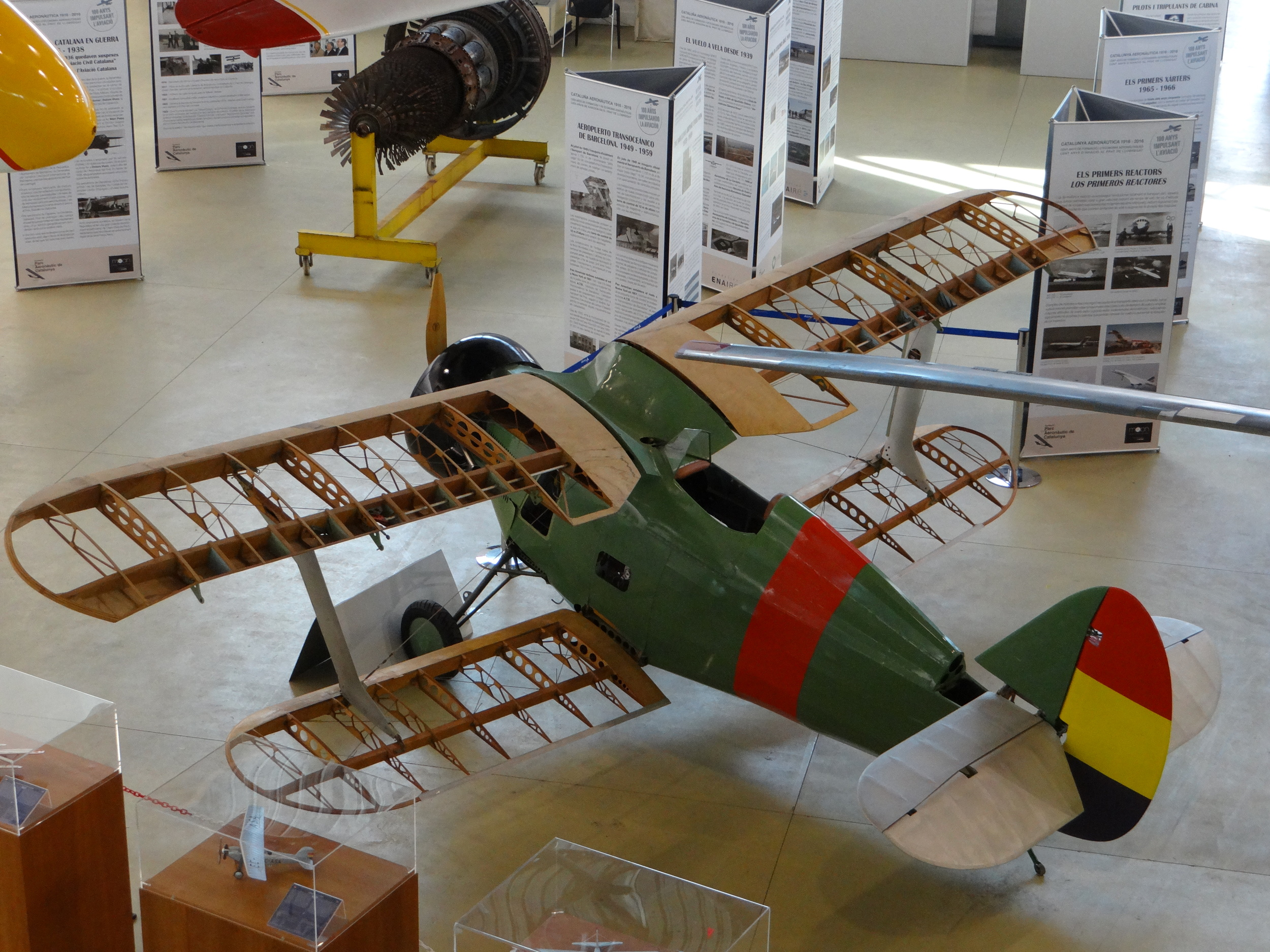 """A Polikarpov I-15 """"Chaika"""" in colour scheme of the Spanish Republic. The type saw active service during the Spanish Civil War."""