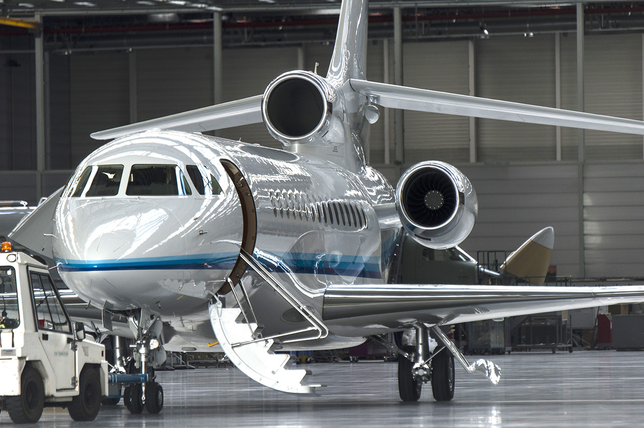 Falcon 8X first client