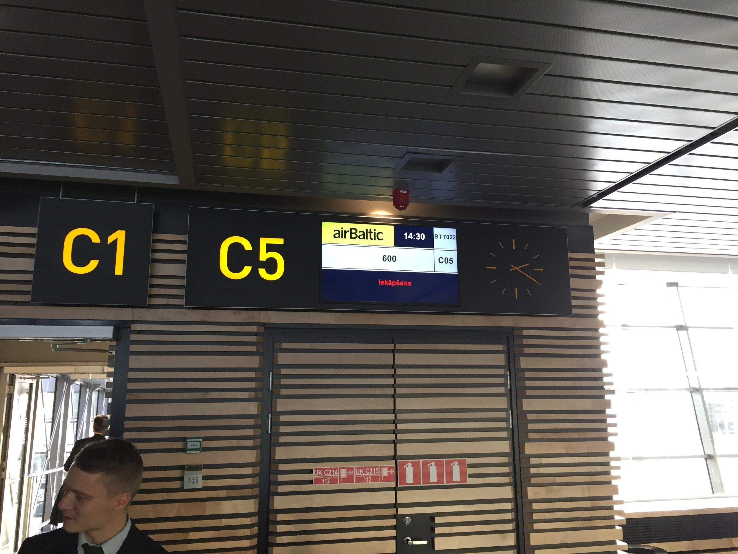 Flight BT600 - Riga to Riga...boarding!