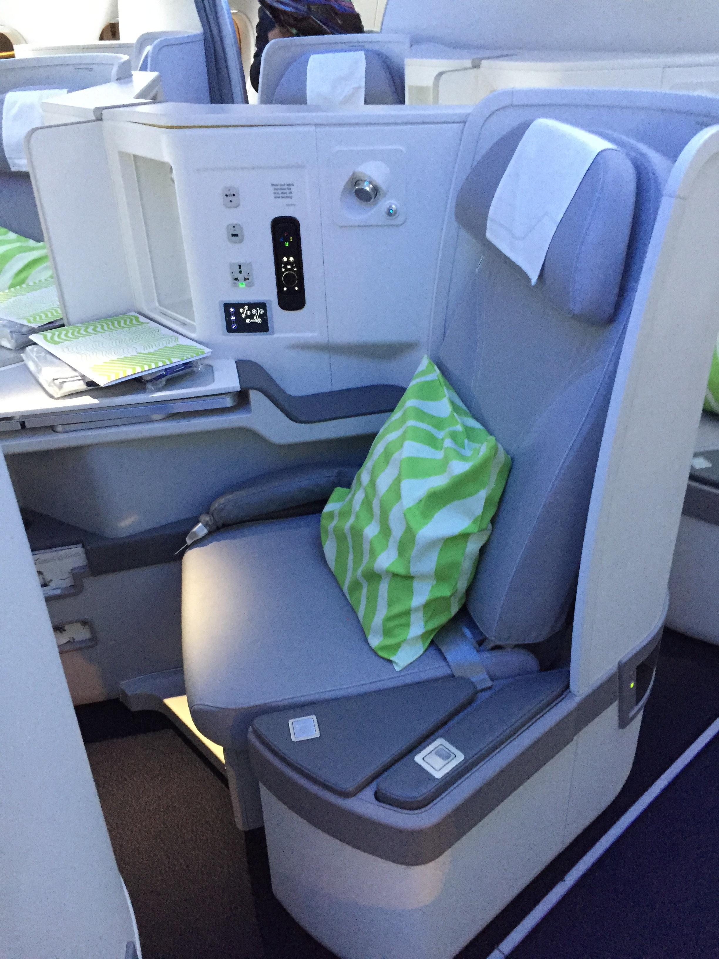 Finnair biz class a350.JPG