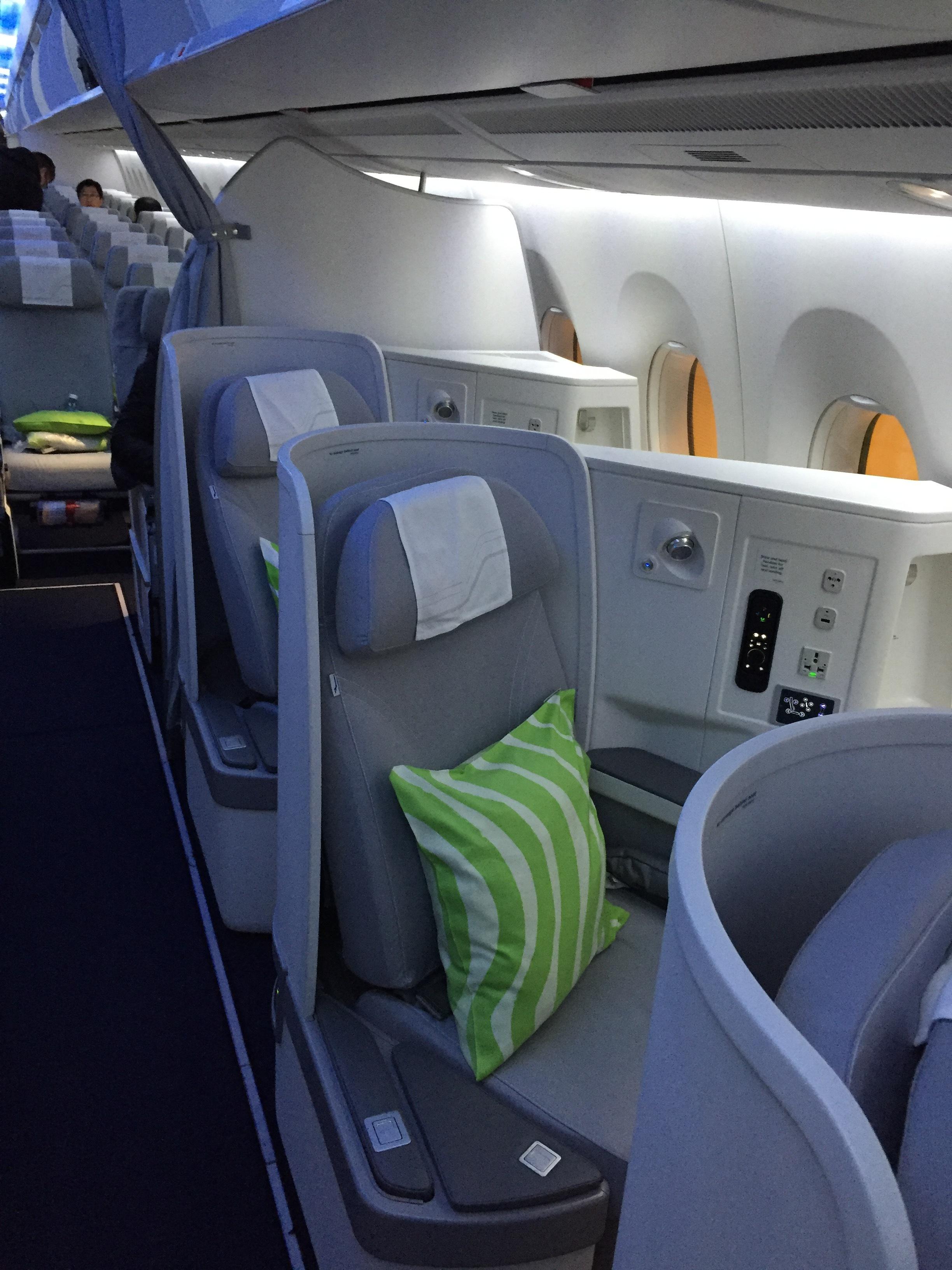 Finnair business a350.JPG