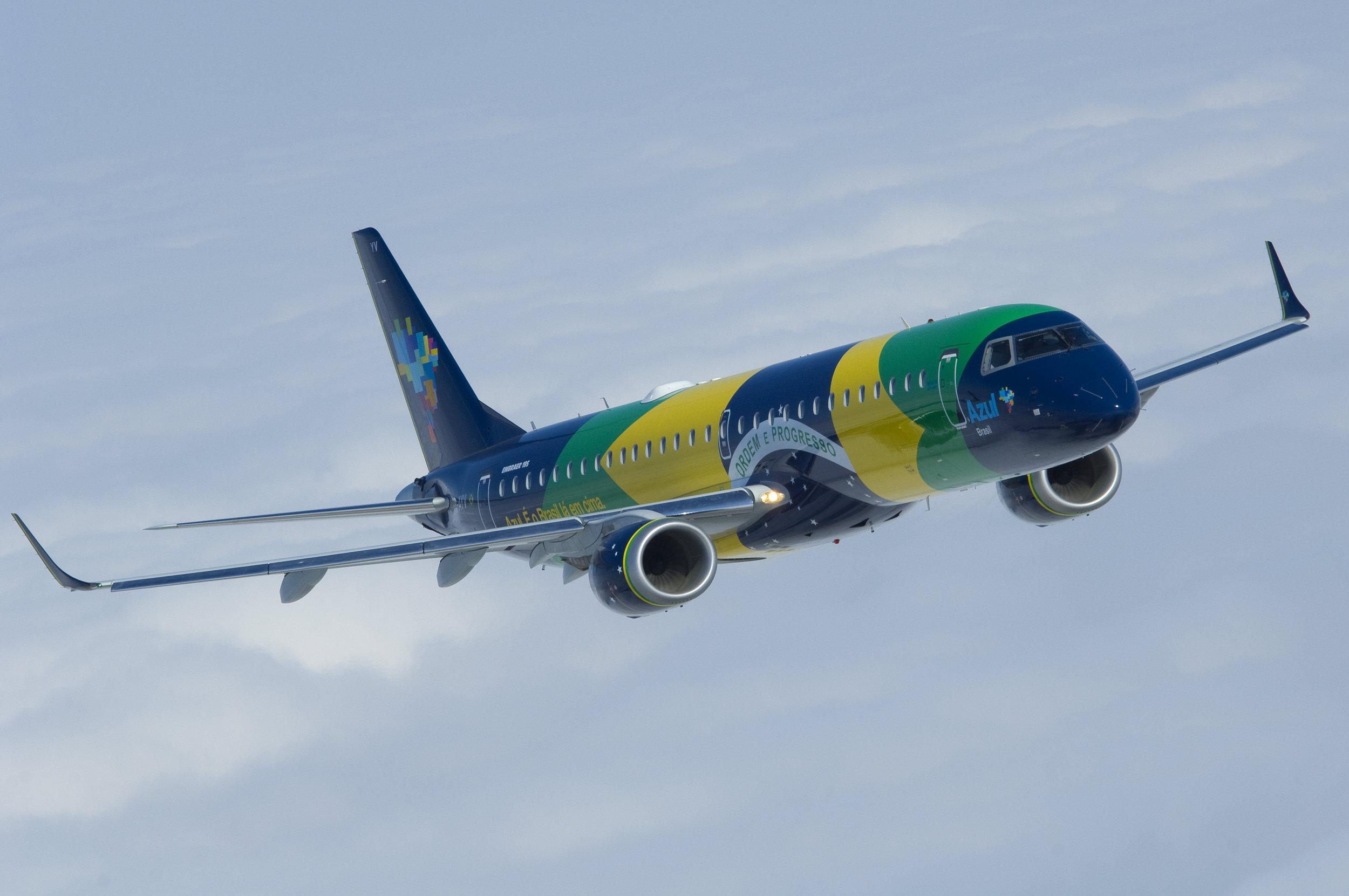 azul brasil livery embraer.JPG
