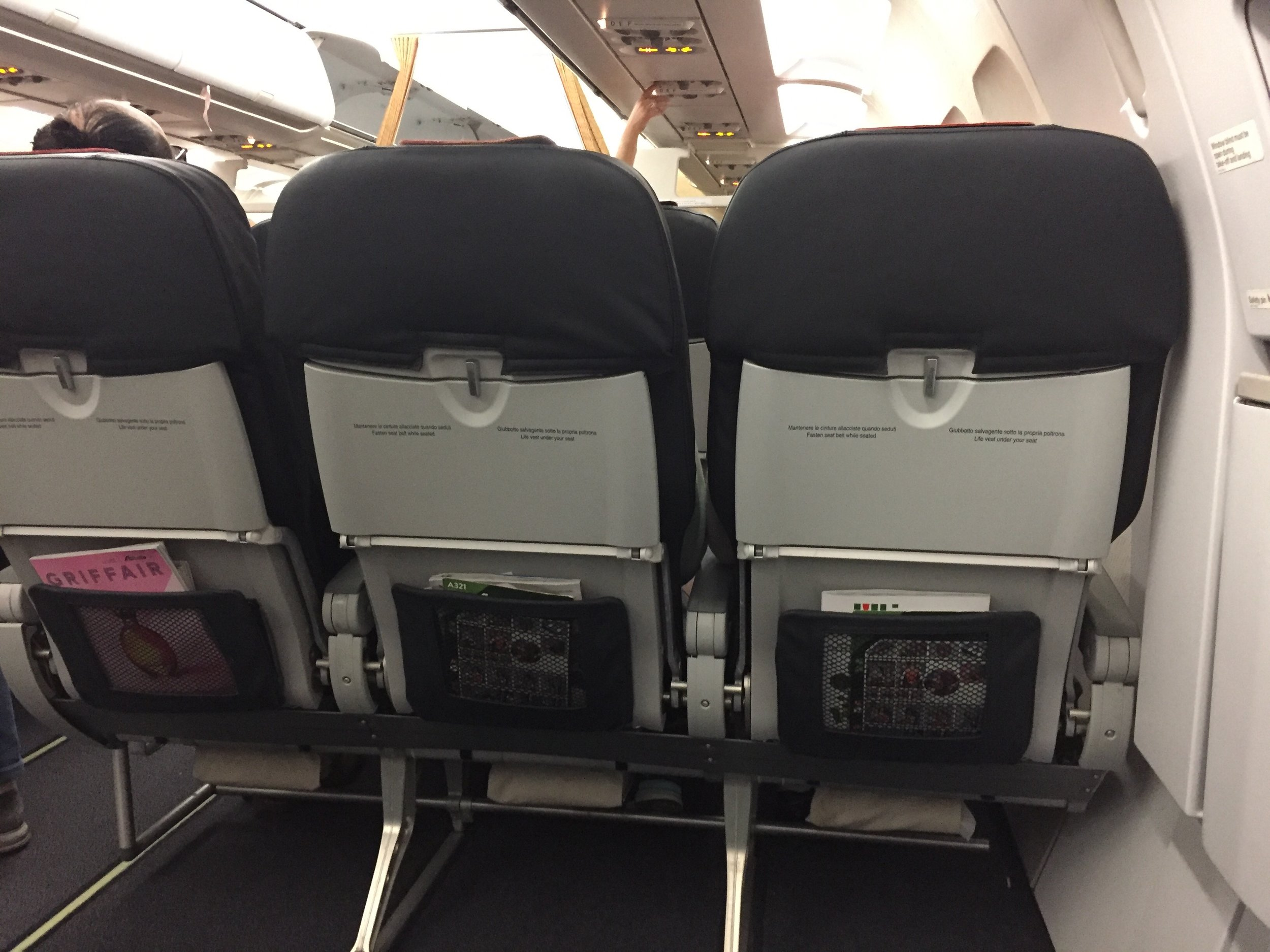It you ever travel on Alitalia's A321 on economy (and you fulfill the mandatory conditions, of course) , keep this in your mind: row 9A has even more legroom than business class!