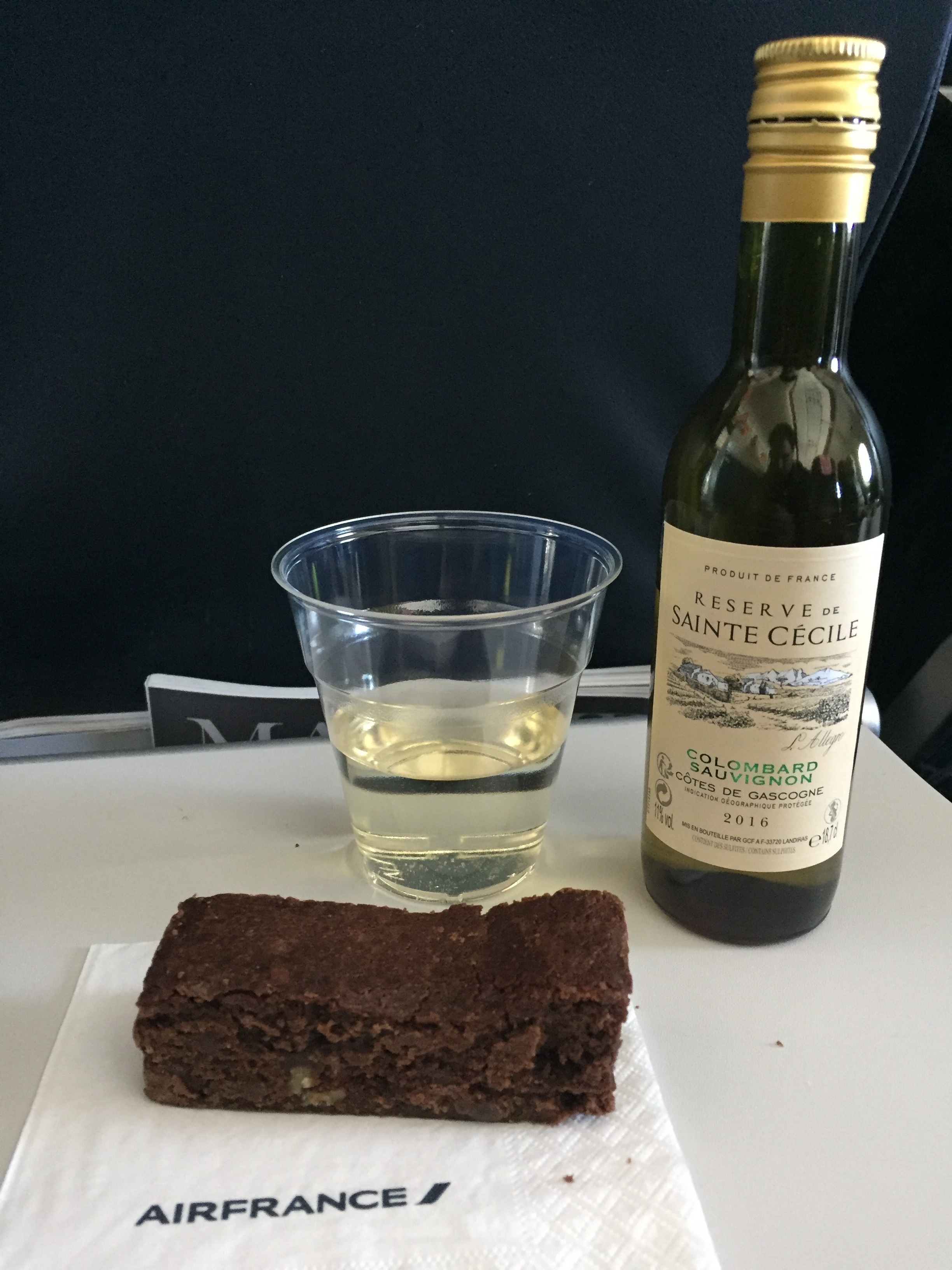 Air France inflight food wine.JPG