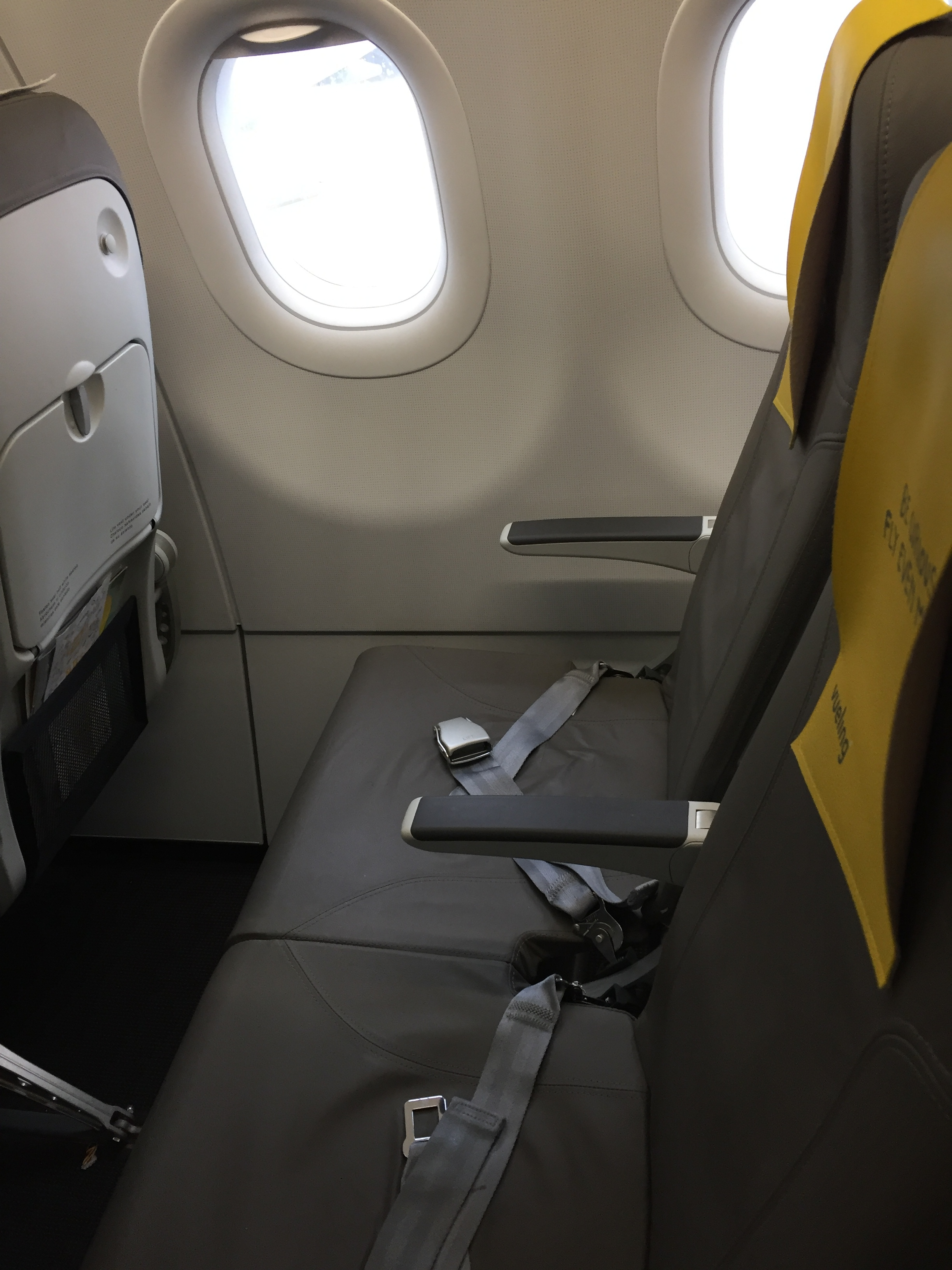 Vueling seat pitch.JPG