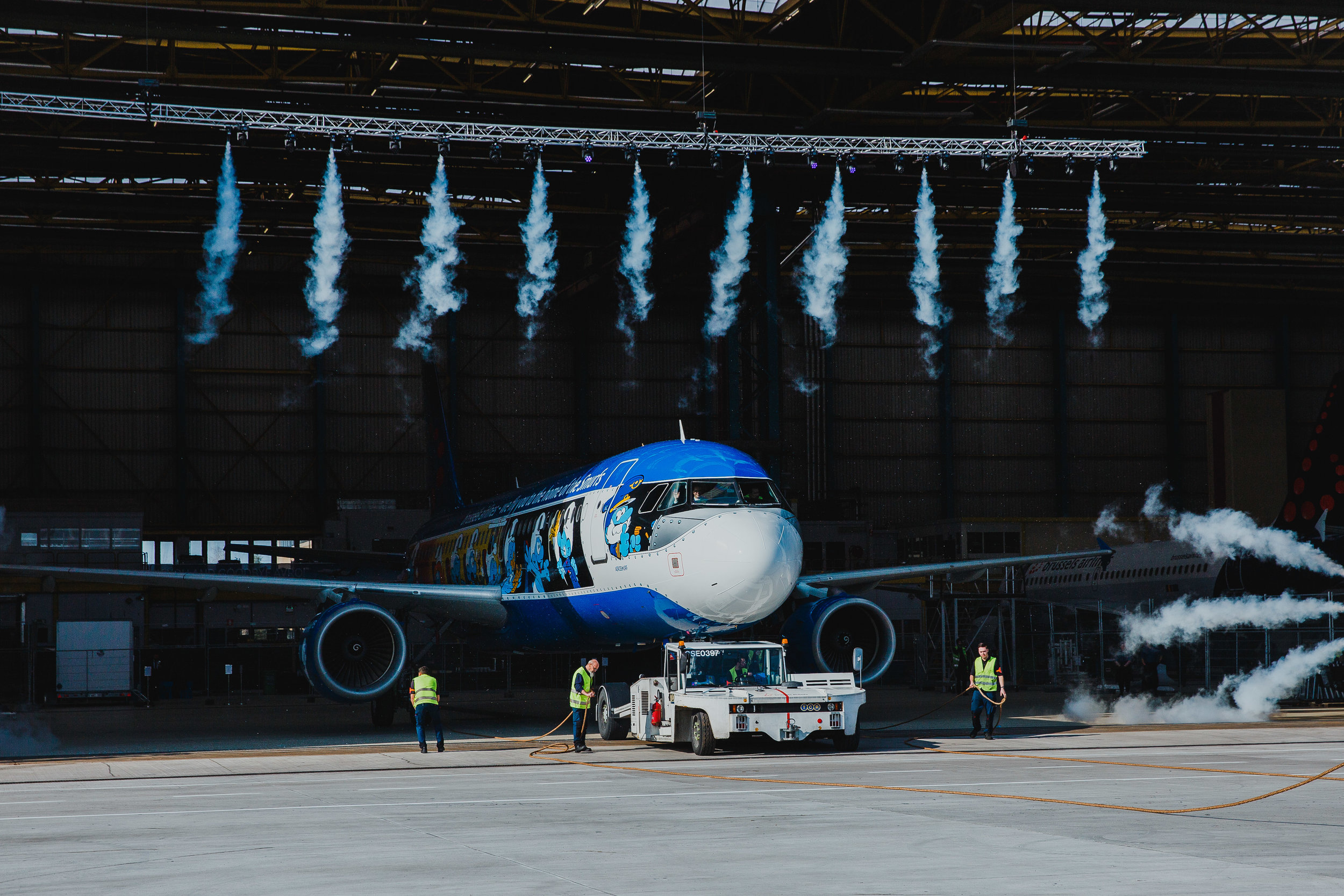 brussels airlines smurfs livery.jpg