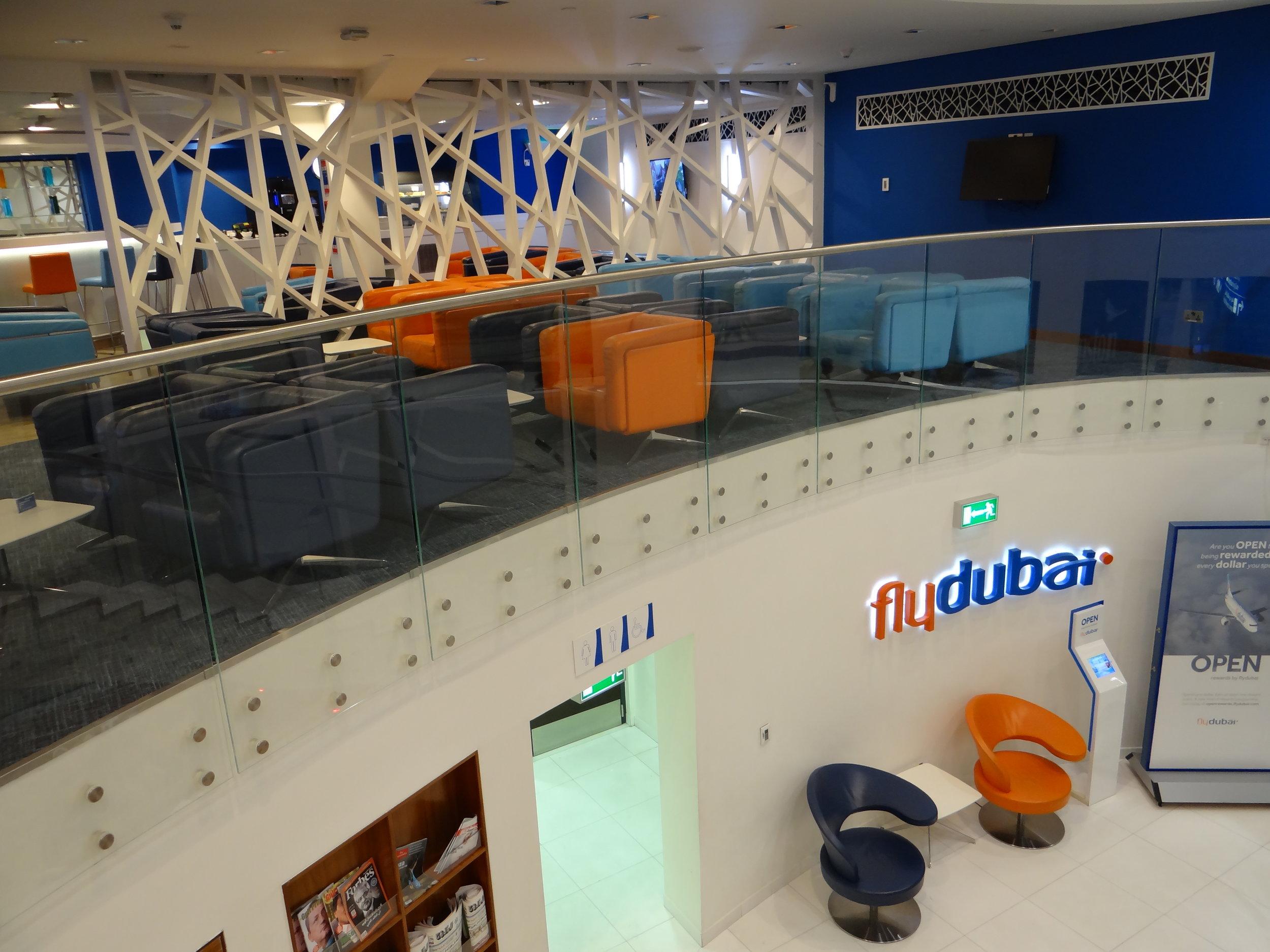 flydubai business lounge.jpg