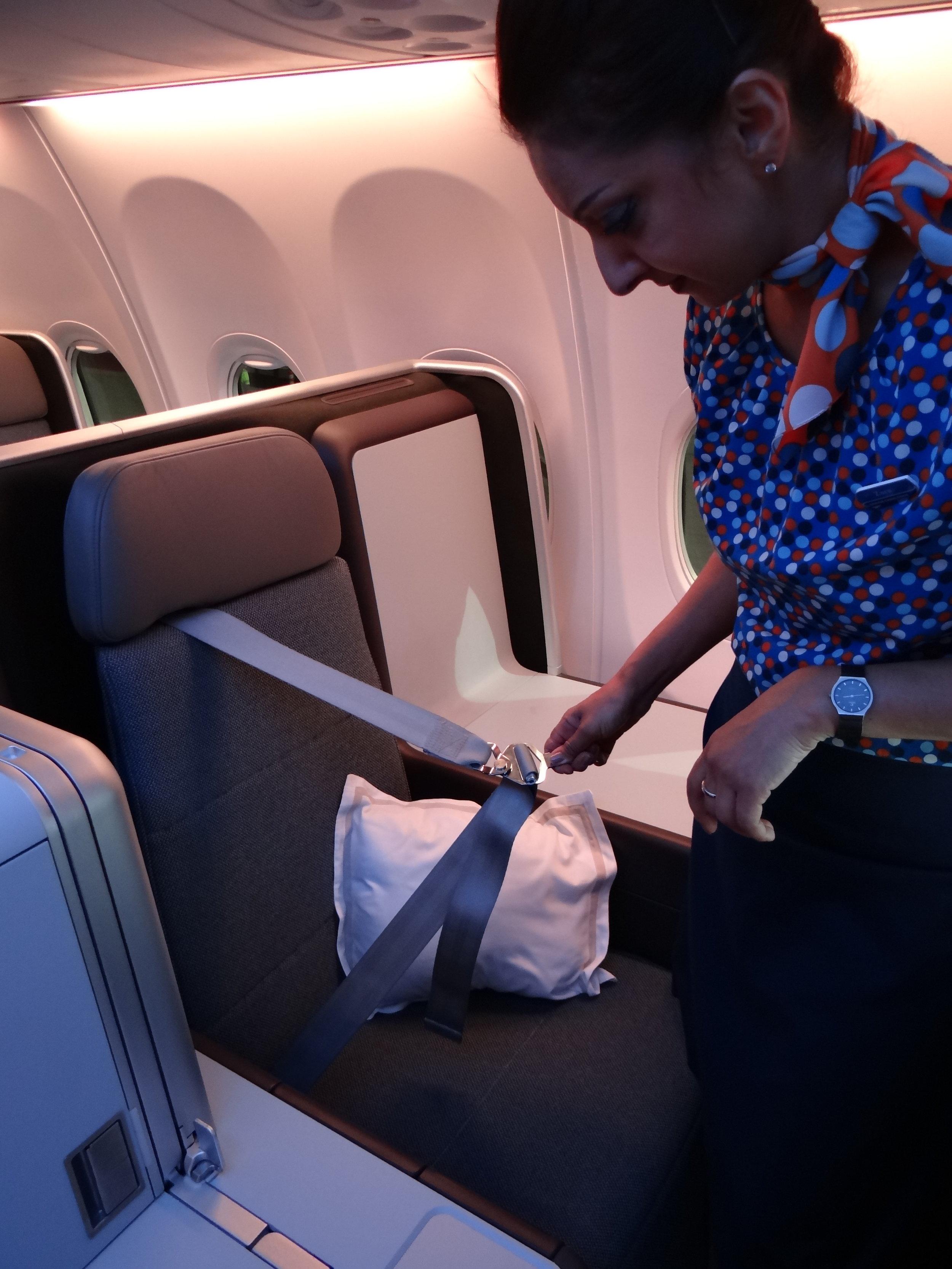 flydubai seat belt.jpg