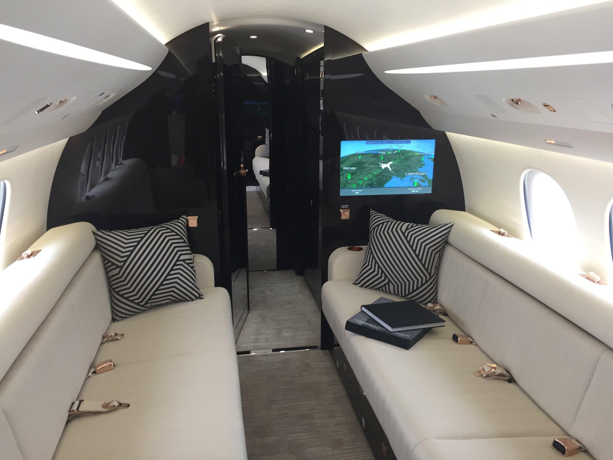 Dassault Falcon 8X cabin interior.JPG