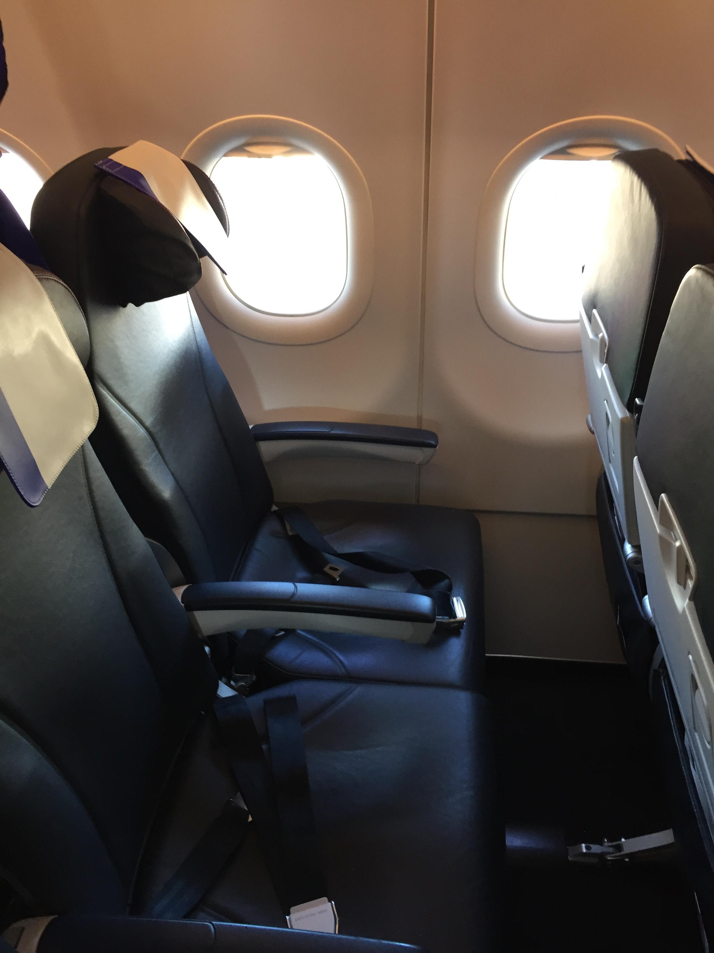 joon seats.JPG
