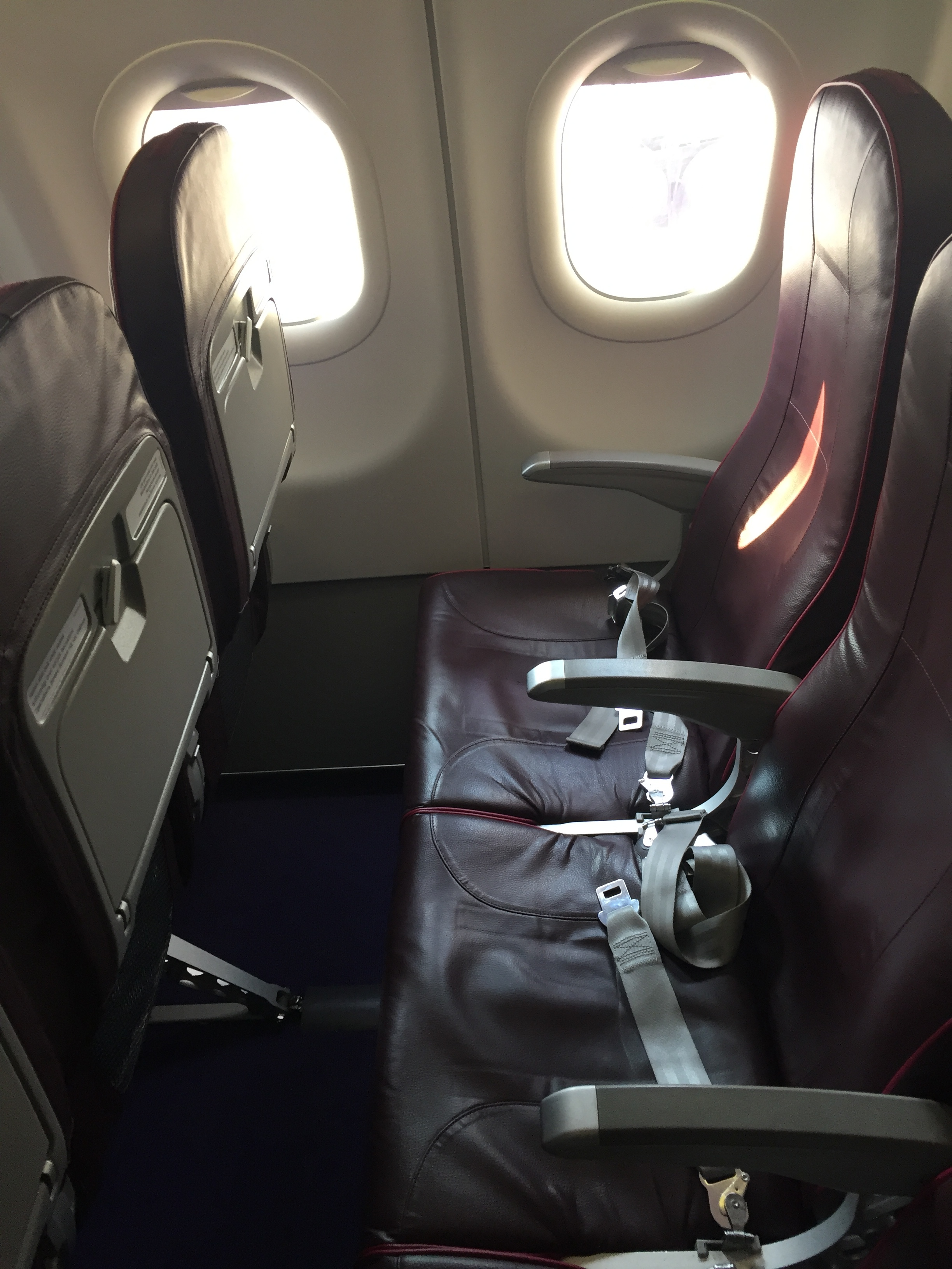 wizzair seat economy.JPG